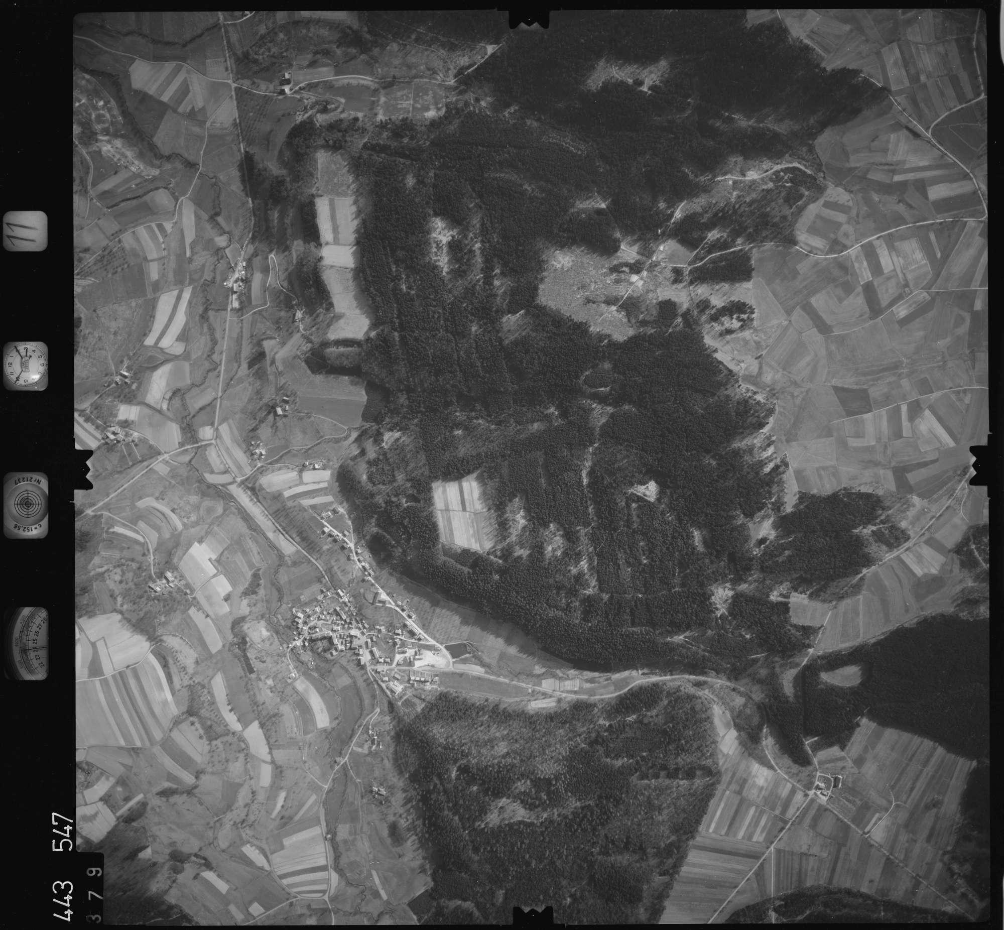 Luftbild: Film 11 Bildnr. 379, Bild 1