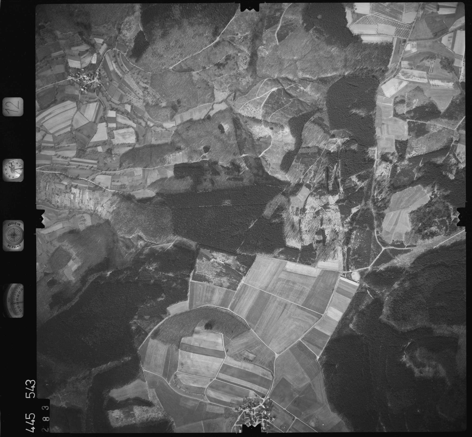 Luftbild: Film 12 Bildnr. 283, Bild 1
