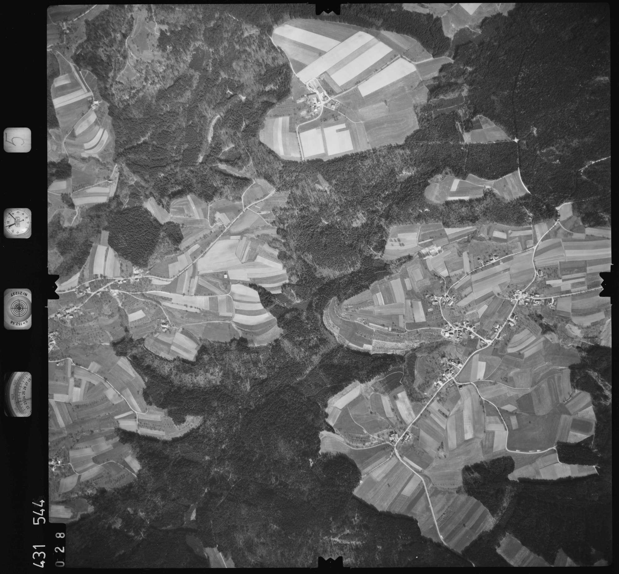Luftbild: Film 5 Bildnr. 28, Bild 1
