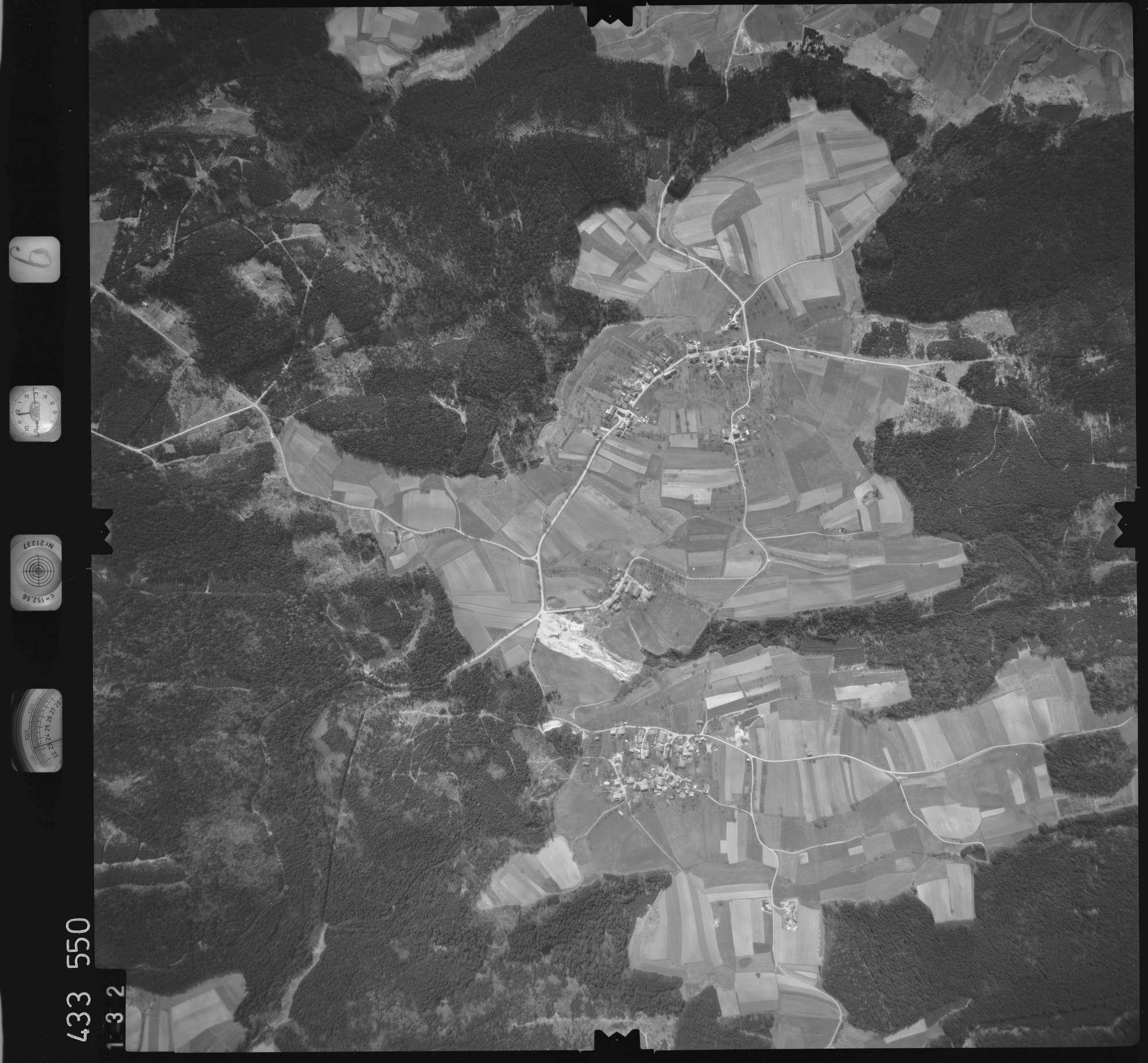 Luftbild: Film 6 Bildnr. 132, Bild 1