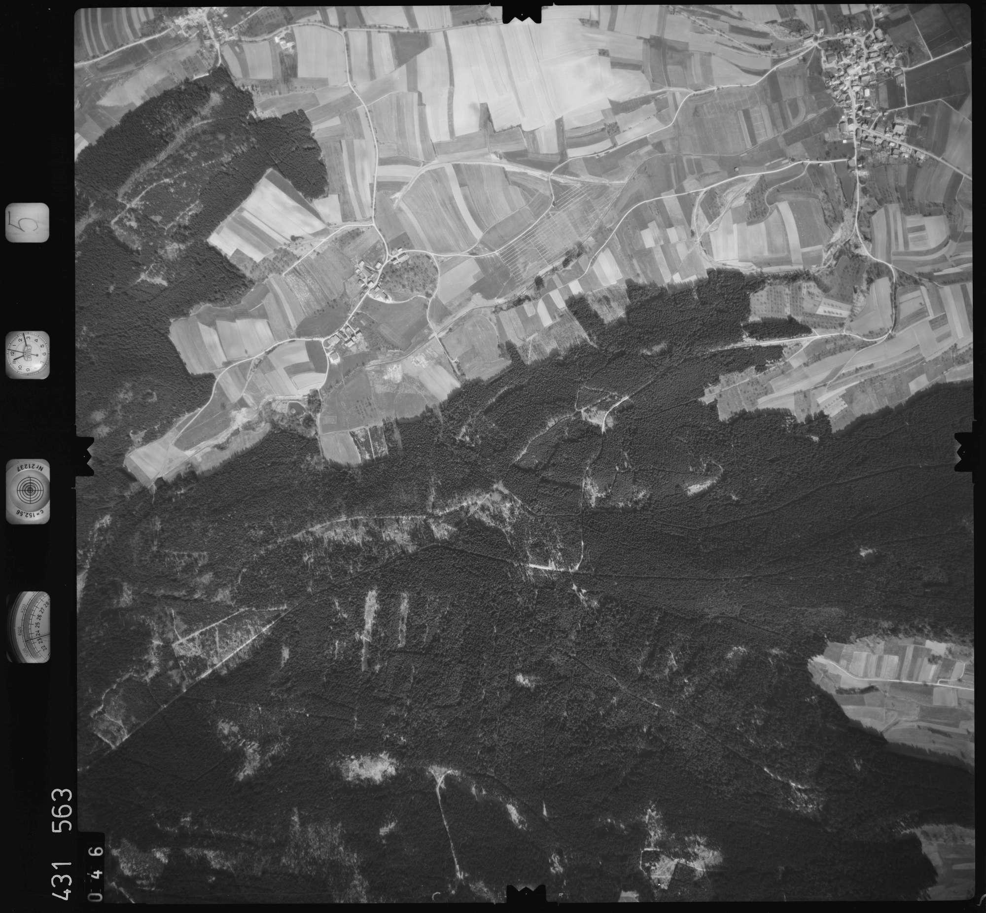 Luftbild: Film 5 Bildnr. 46, Bild 1