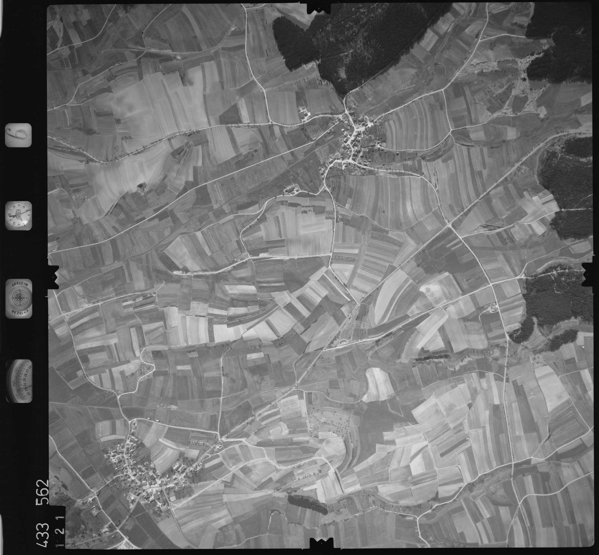 Luftbild: Film 6 Bildnr. 121, Bild 1