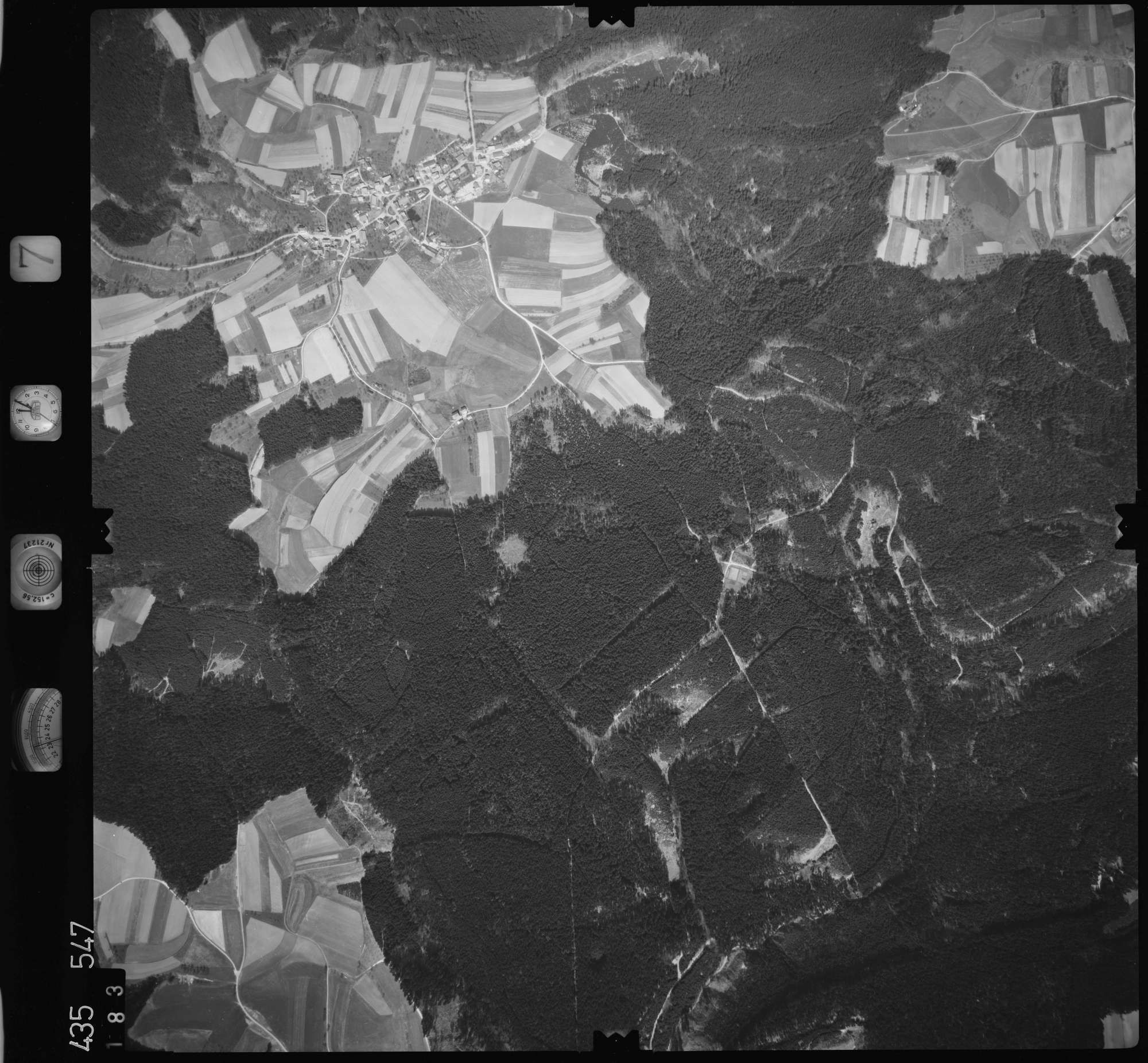 Luftbild: Film 7 Bildnr. 183, Bild 1