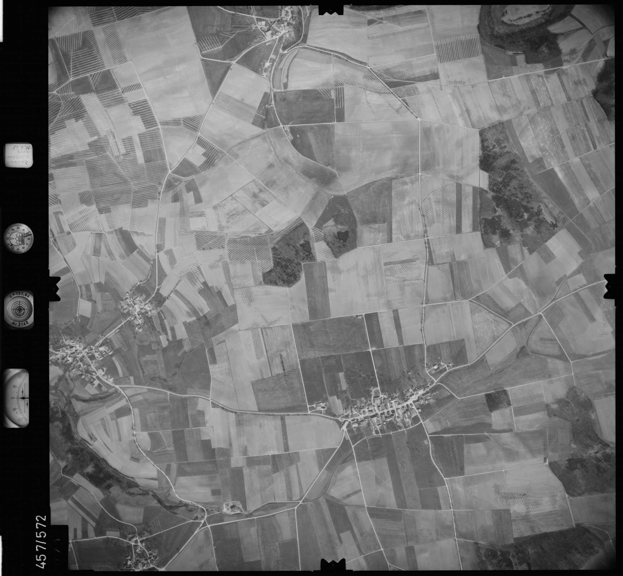 Luftbild: Film 105 Bildnr. 71, Bild 1