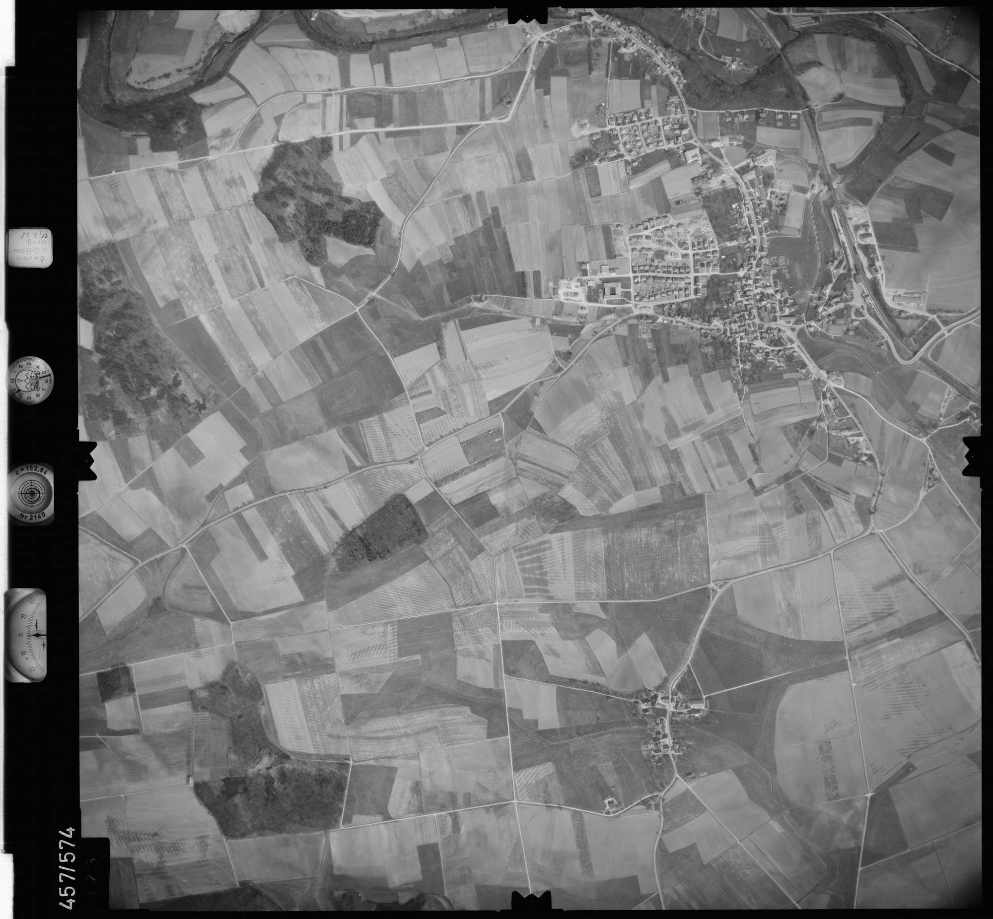 Luftbild: Film 105 Bildnr. 73, Bild 1