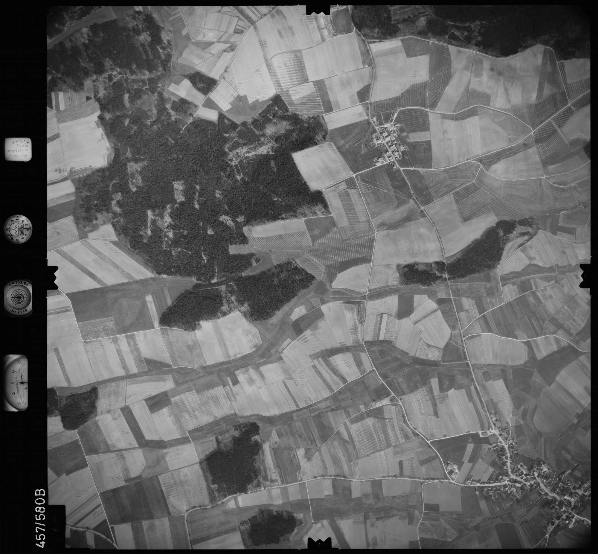 Luftbild: Film 105 Bildnr. 79, Bild 1