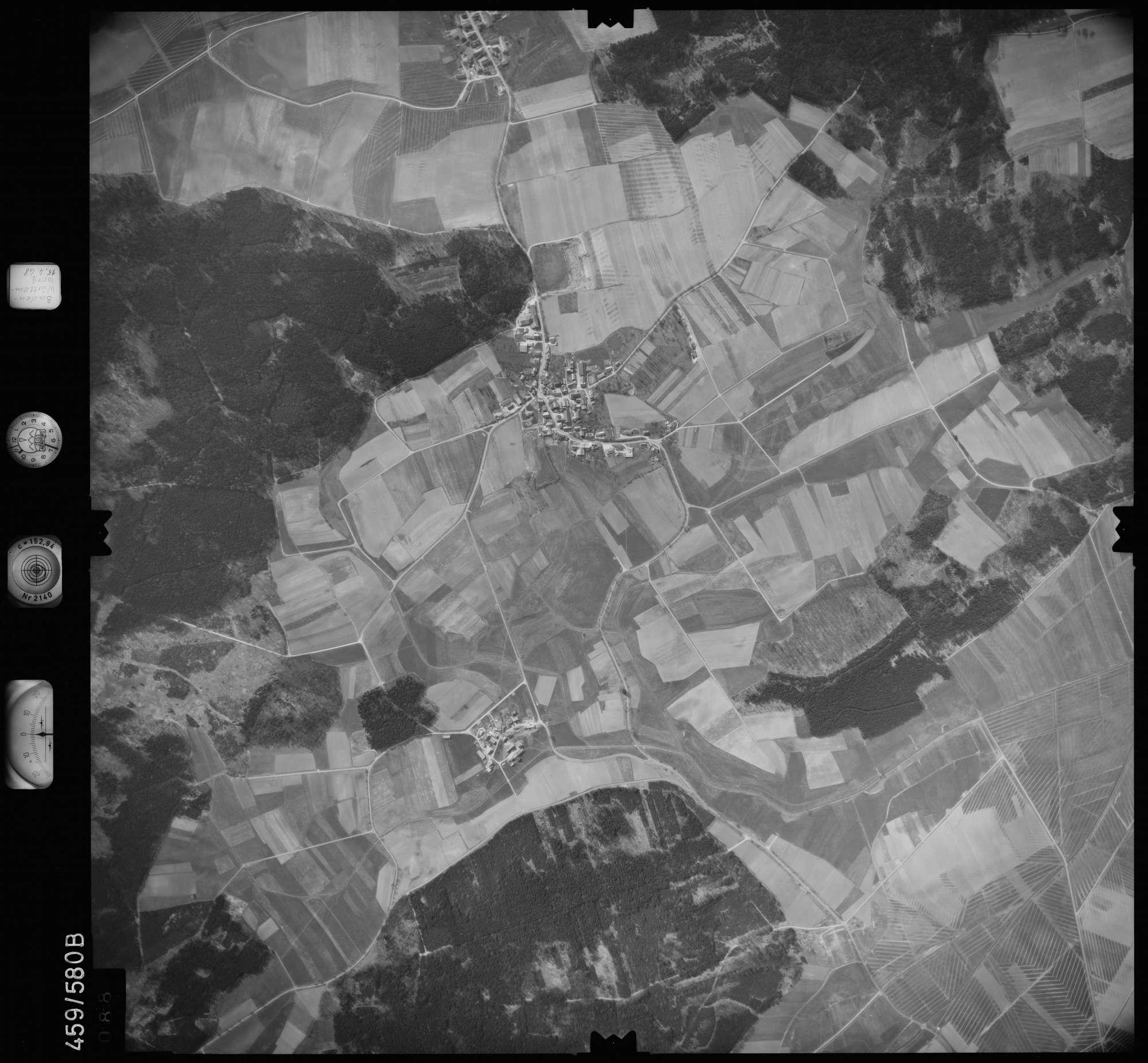 Luftbild: Film 105 Bildnr. 88, Bild 1