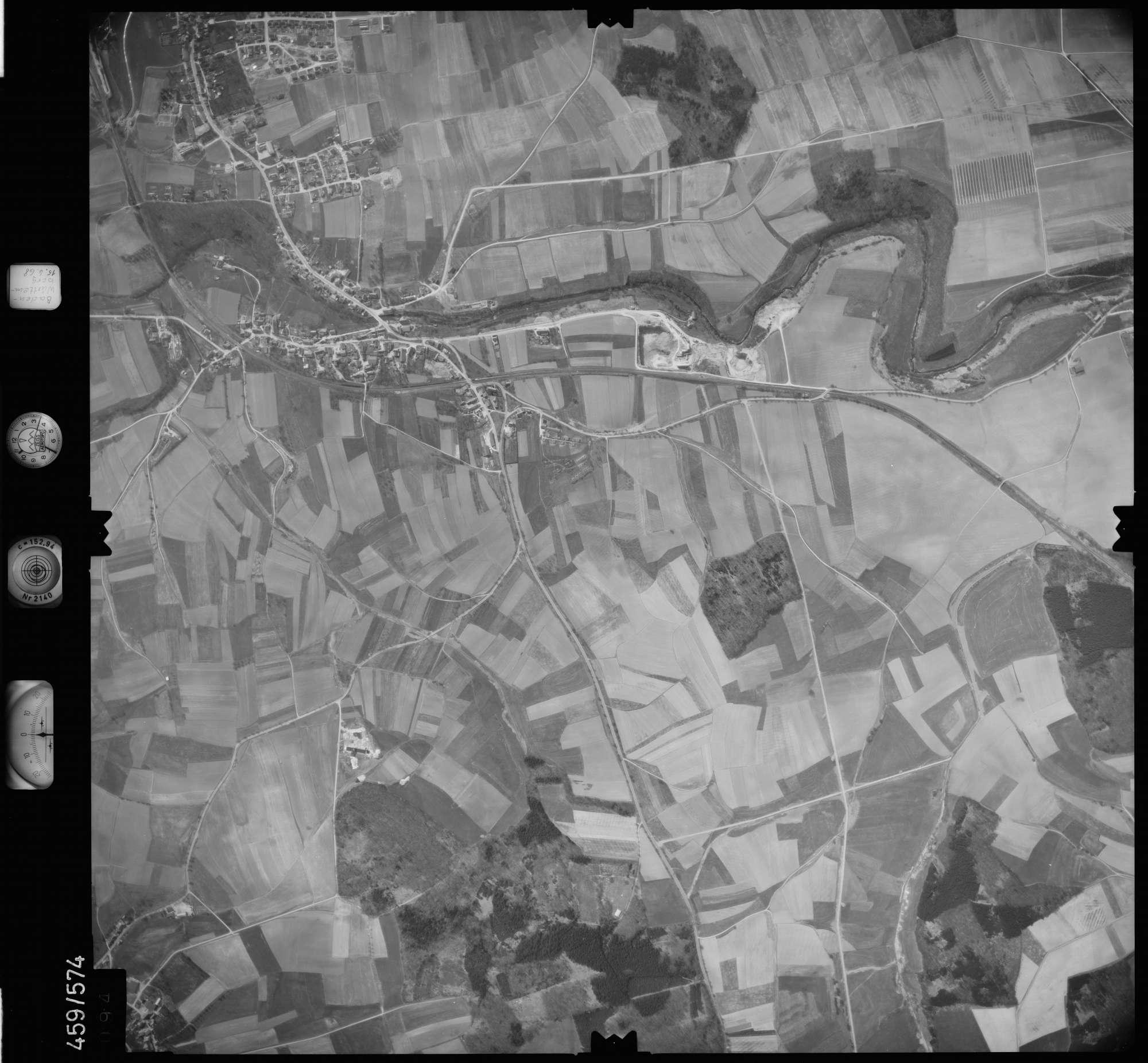 Luftbild: Film 105 Bildnr. 94, Bild 1
