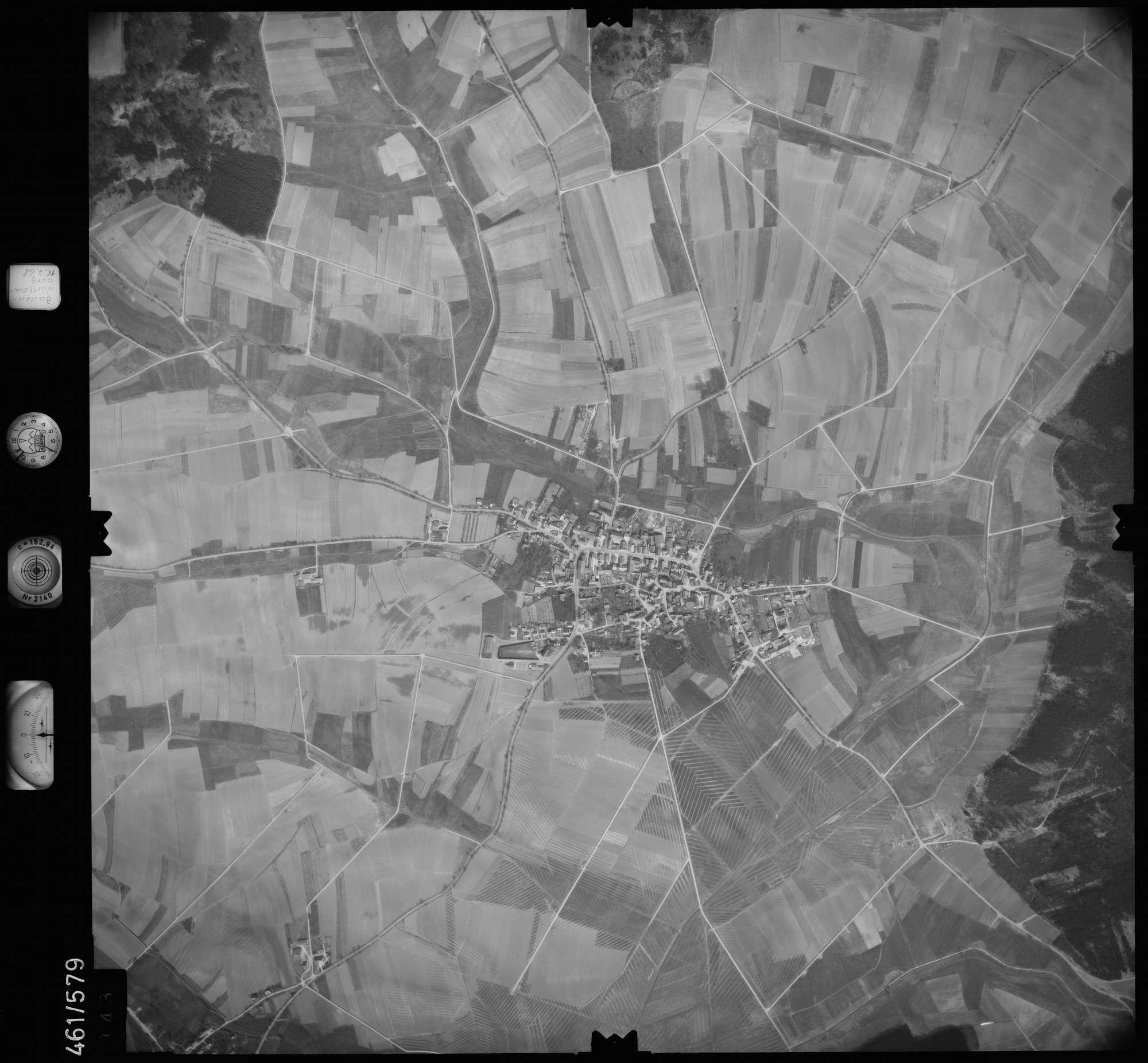 Luftbild: Film 105 Bildnr. 143, Bild 1