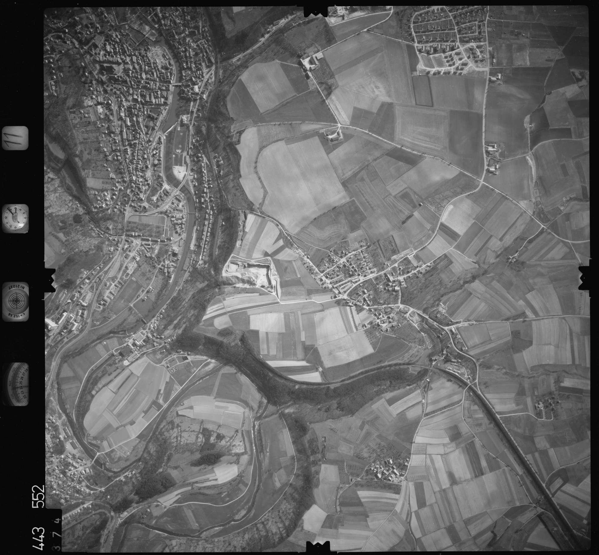 Luftbild: Film 11 Bildnr. 374, Bild 1