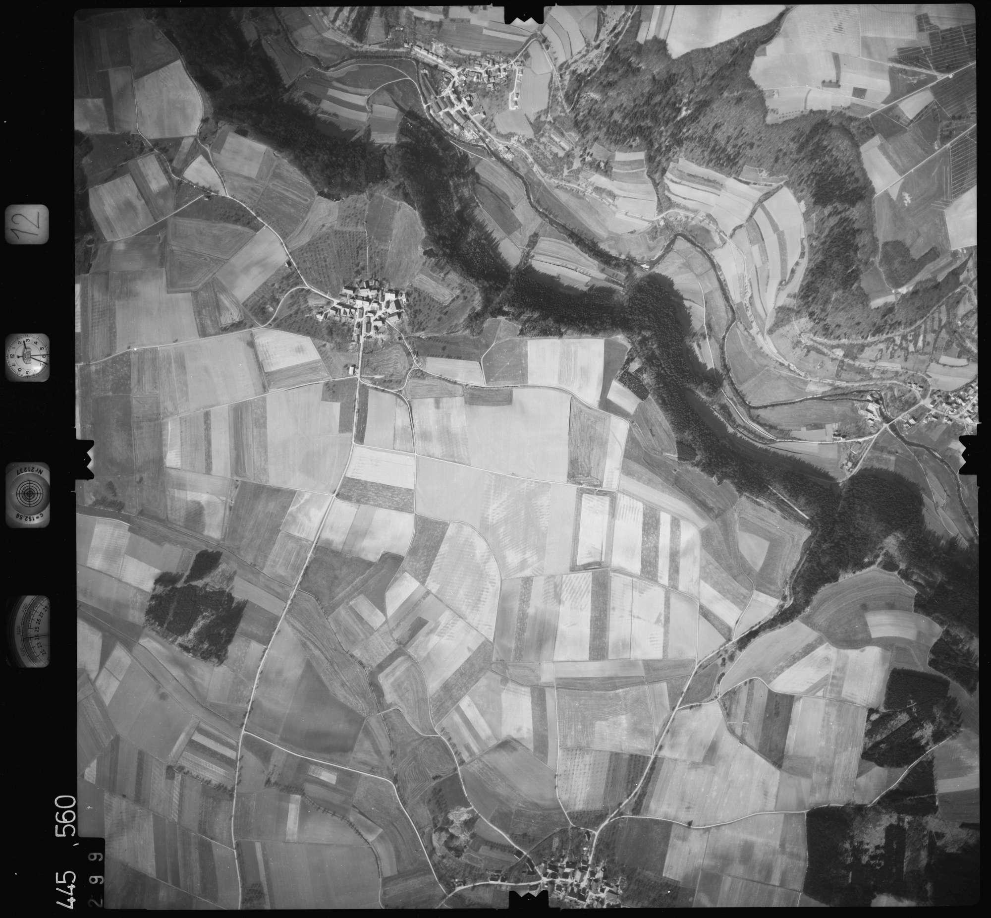 Luftbild: Film 12 Bildnr. 299, Bild 1