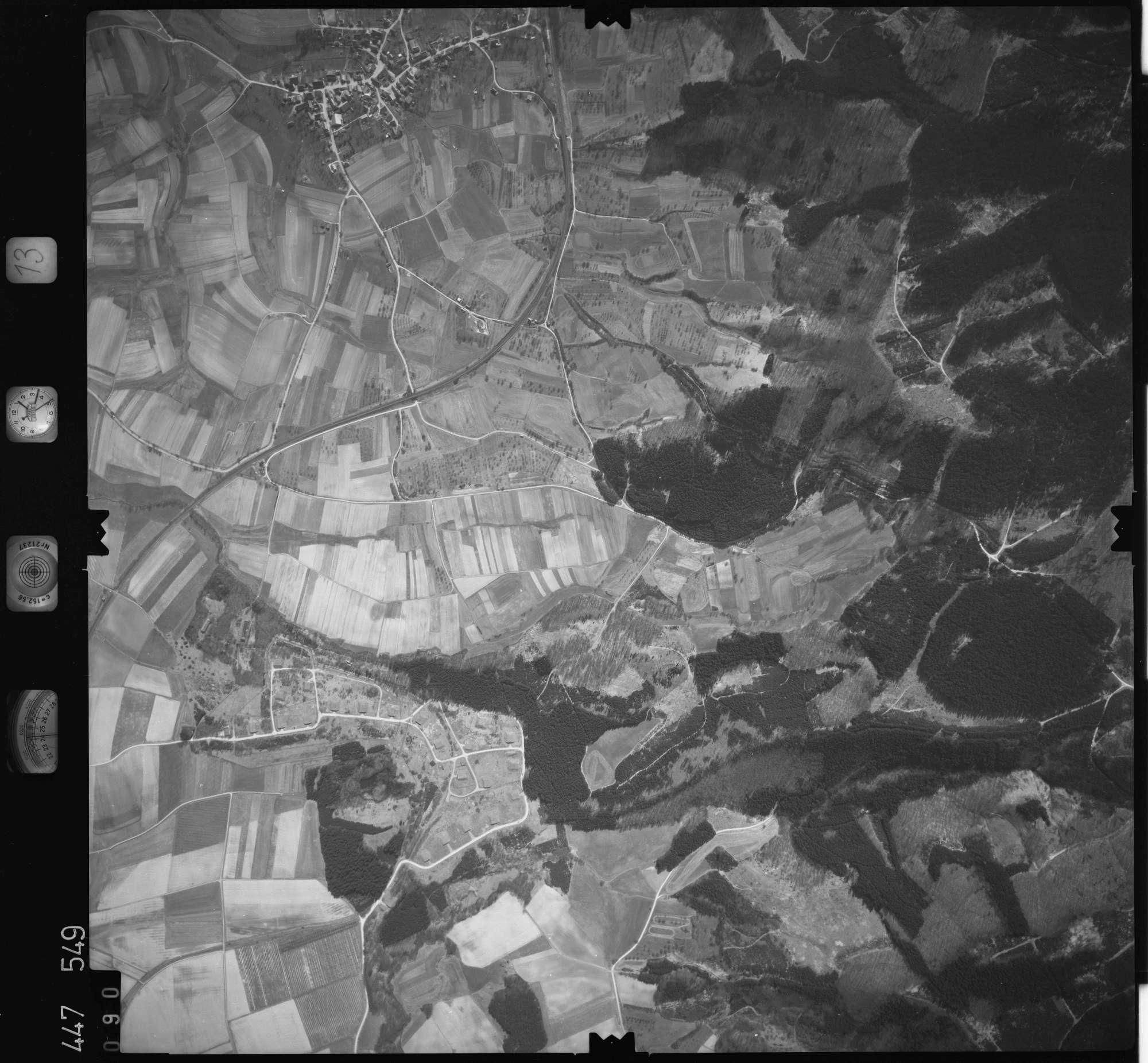 Luftbild: Film 13 Bildnr. 90, Bild 1