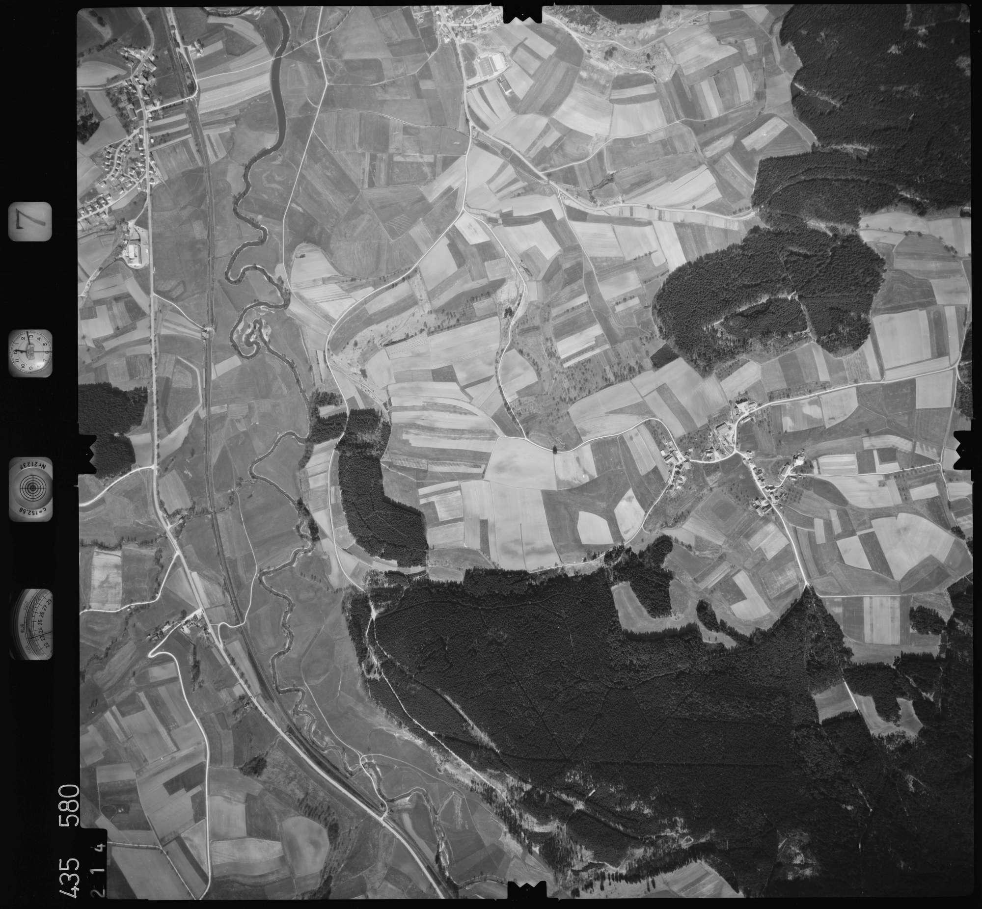 Luftbild: Film 7 Bildnr. 214, Bild 1