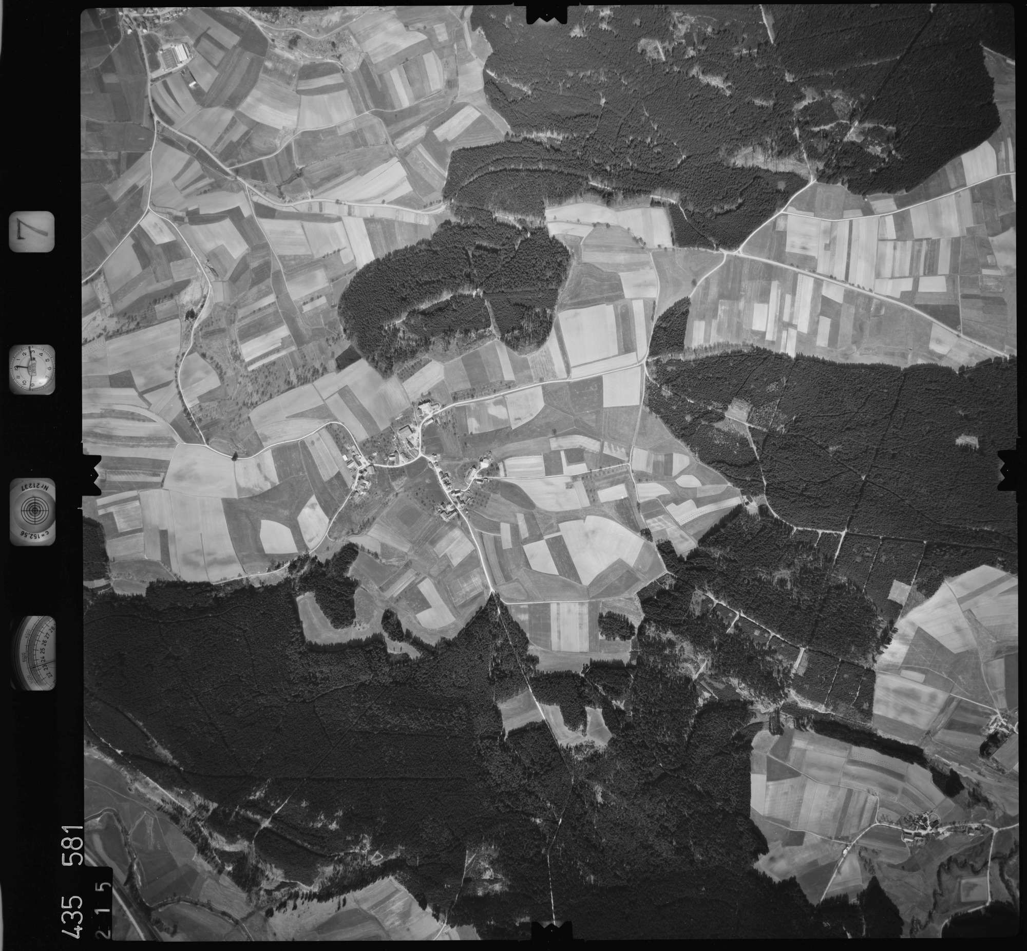 Luftbild: Film 7 Bildnr. 215, Bild 1