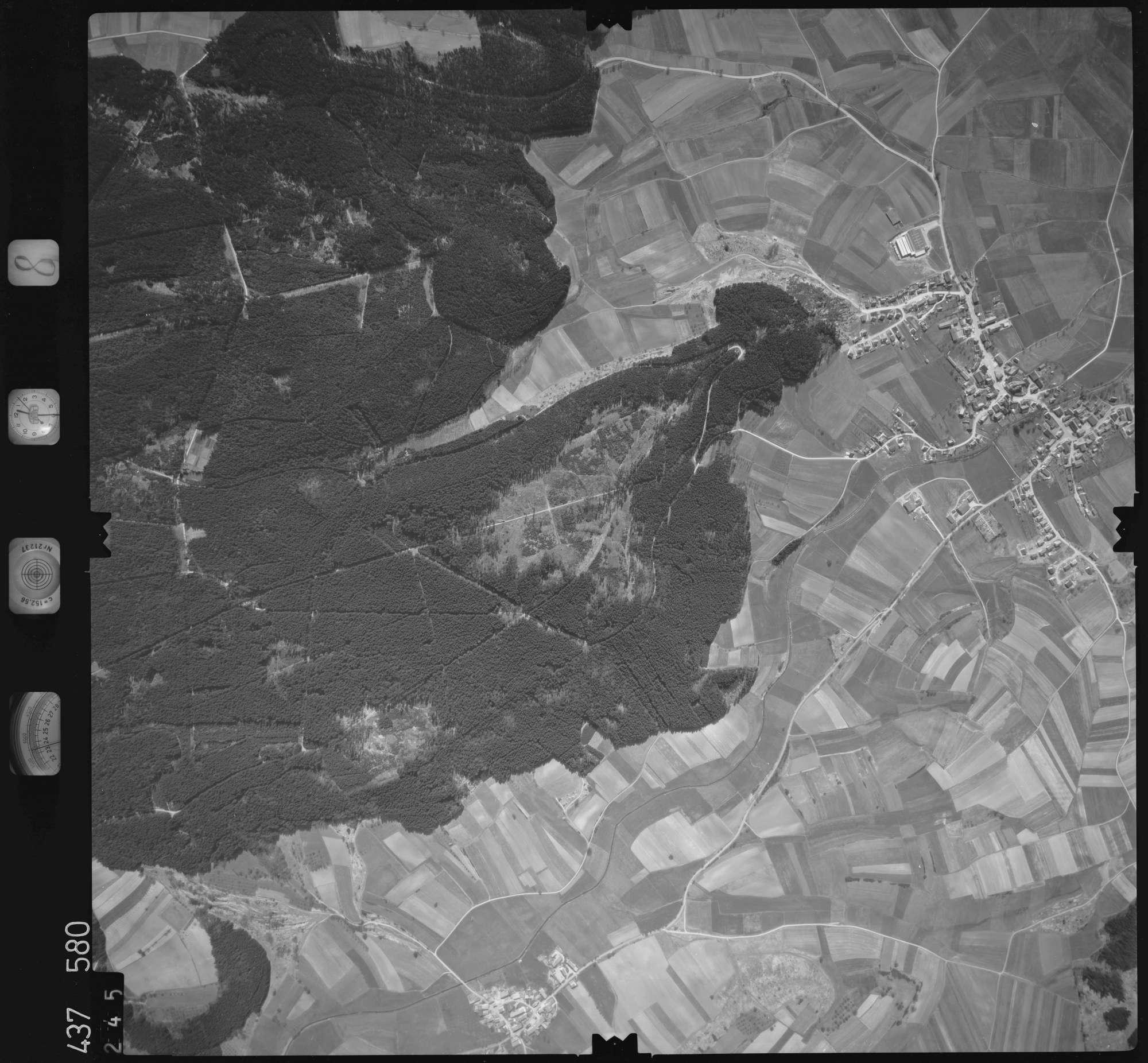 Luftbild: Film 8 Bildnr. 245, Bild 1