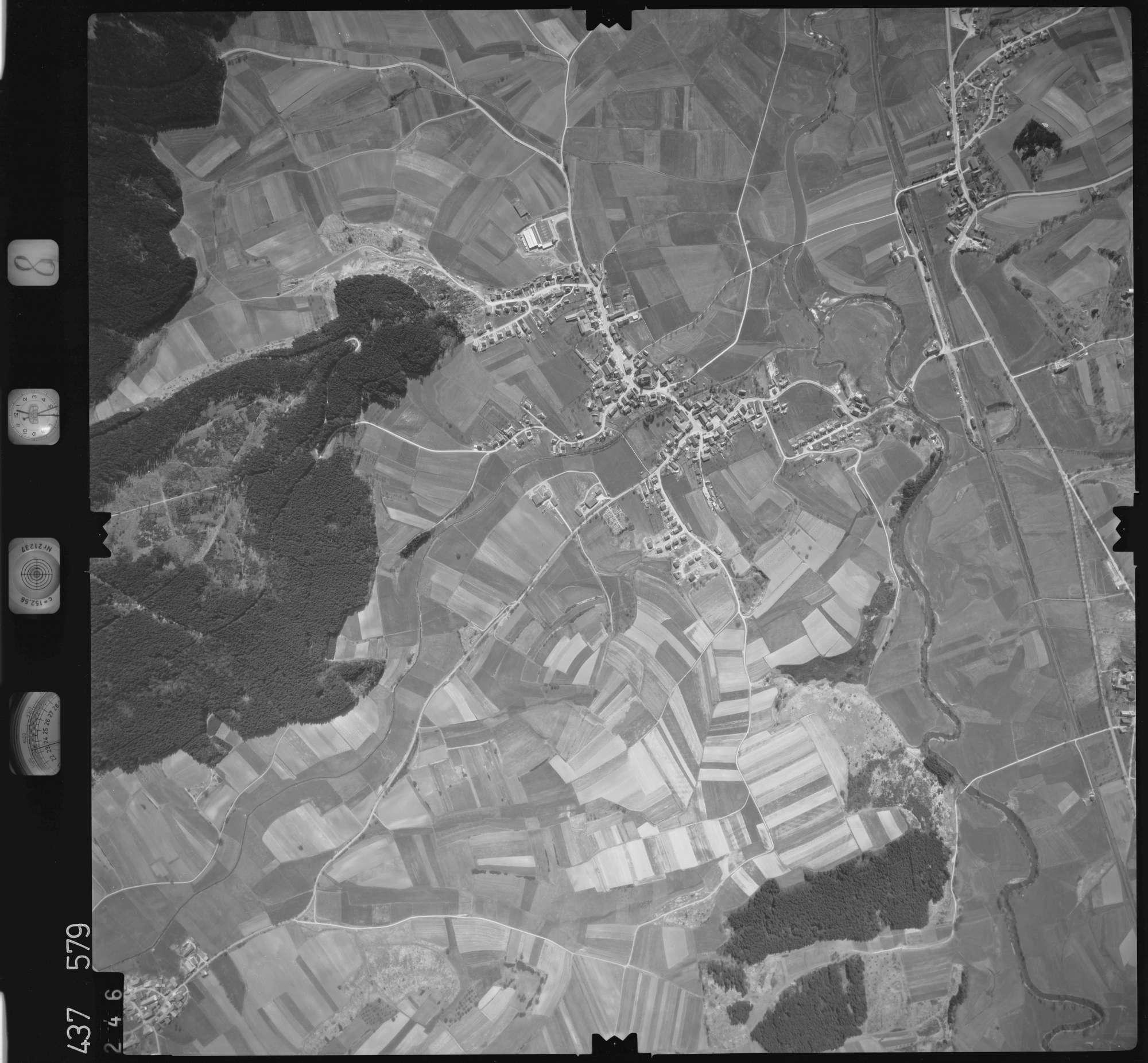 Luftbild: Film 8 Bildnr. 246, Bild 1