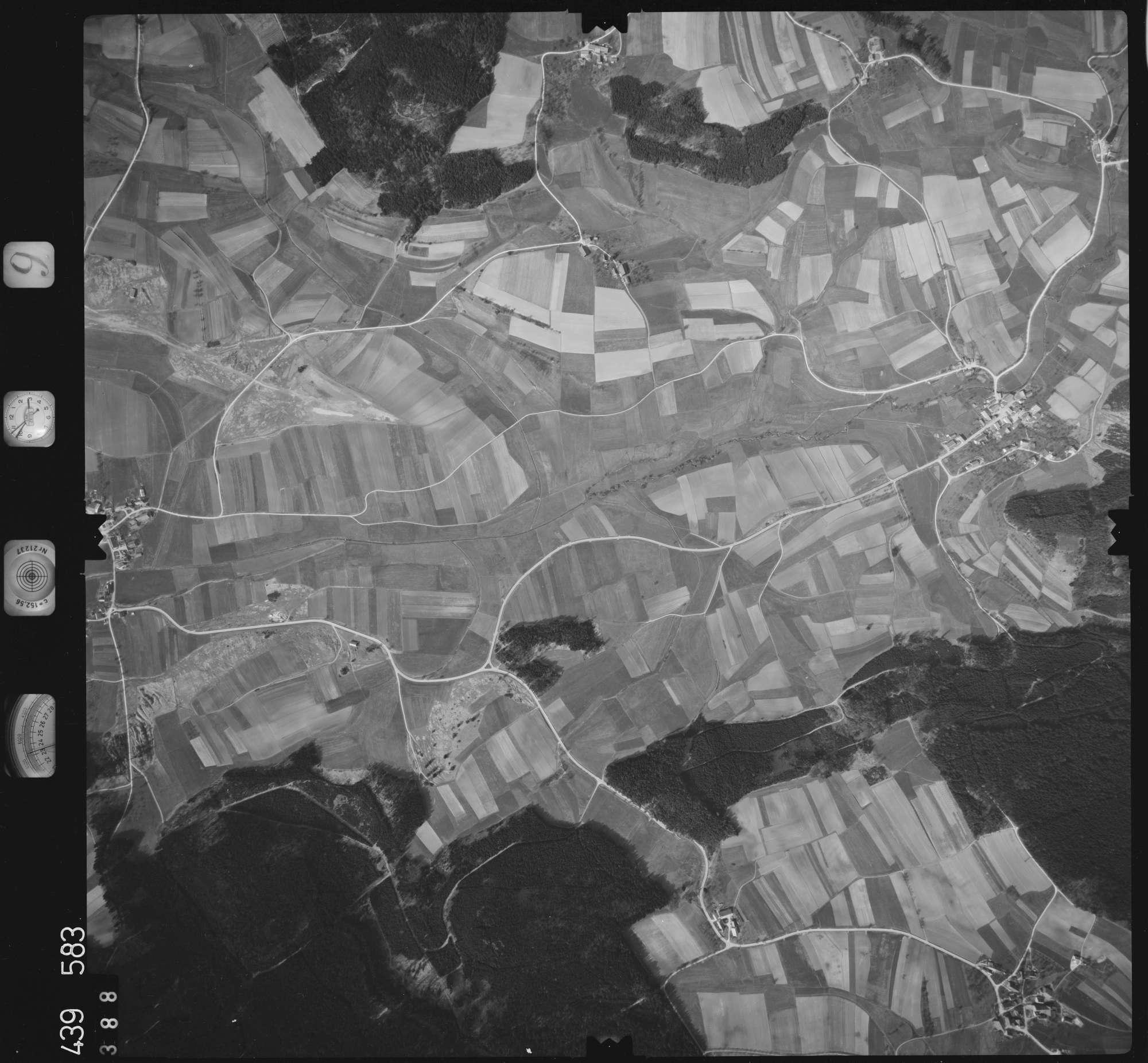 Luftbild: Film 9 Bildnr. 388, Bild 1