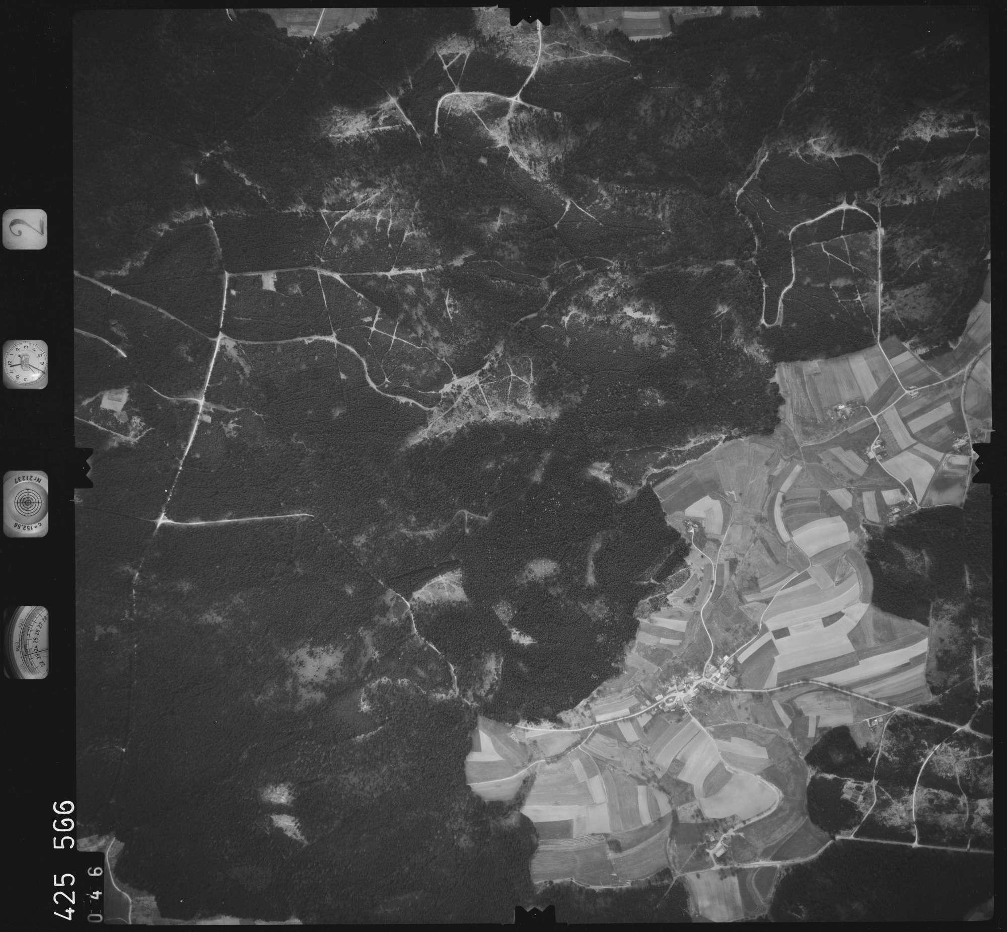 Luftbild: Film 2 Bildnr. 46, Bild 1
