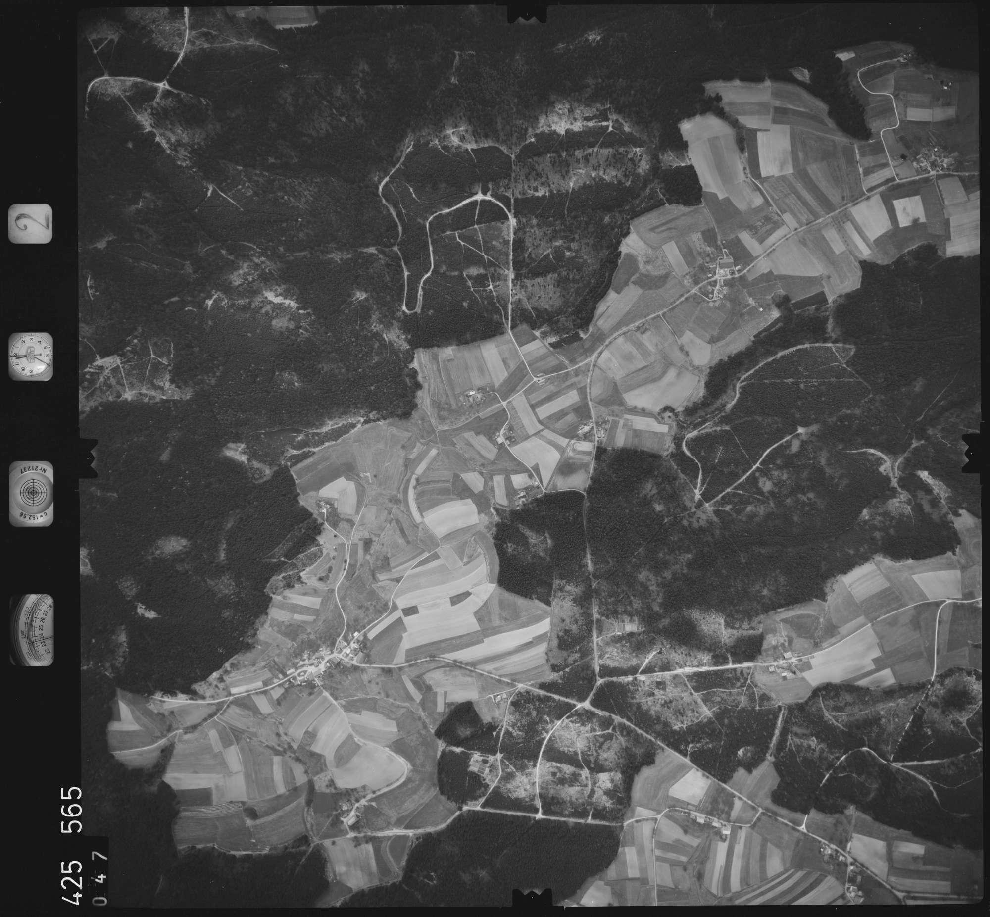 Luftbild: Film 2 Bildnr. 47, Bild 1