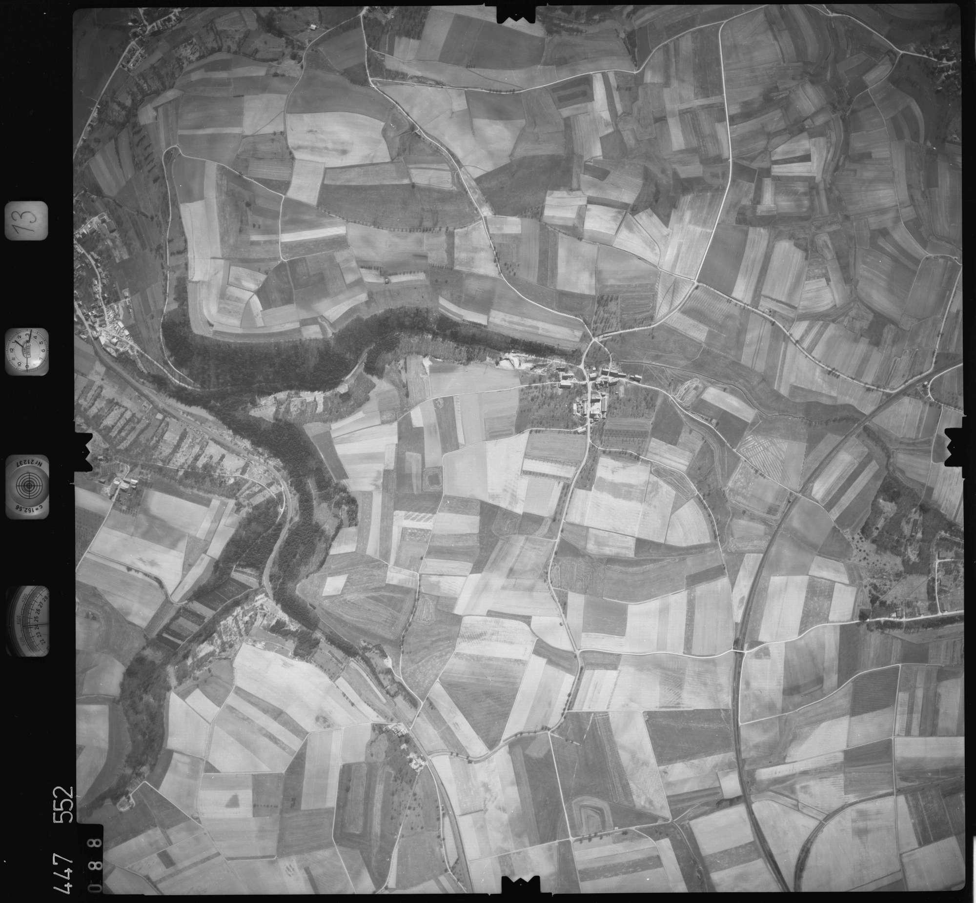 Luftbild: Film 13 Bildnr. 88, Bild 1