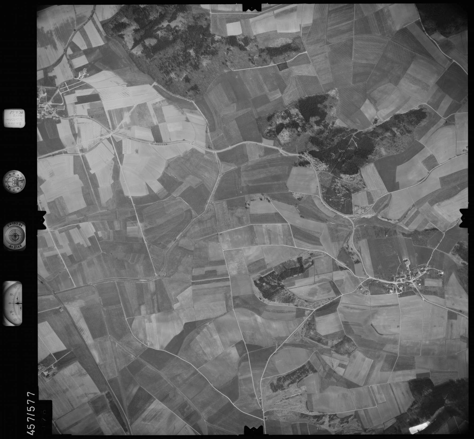 Luftbild: Film 105 Bildnr. 76, Bild 1