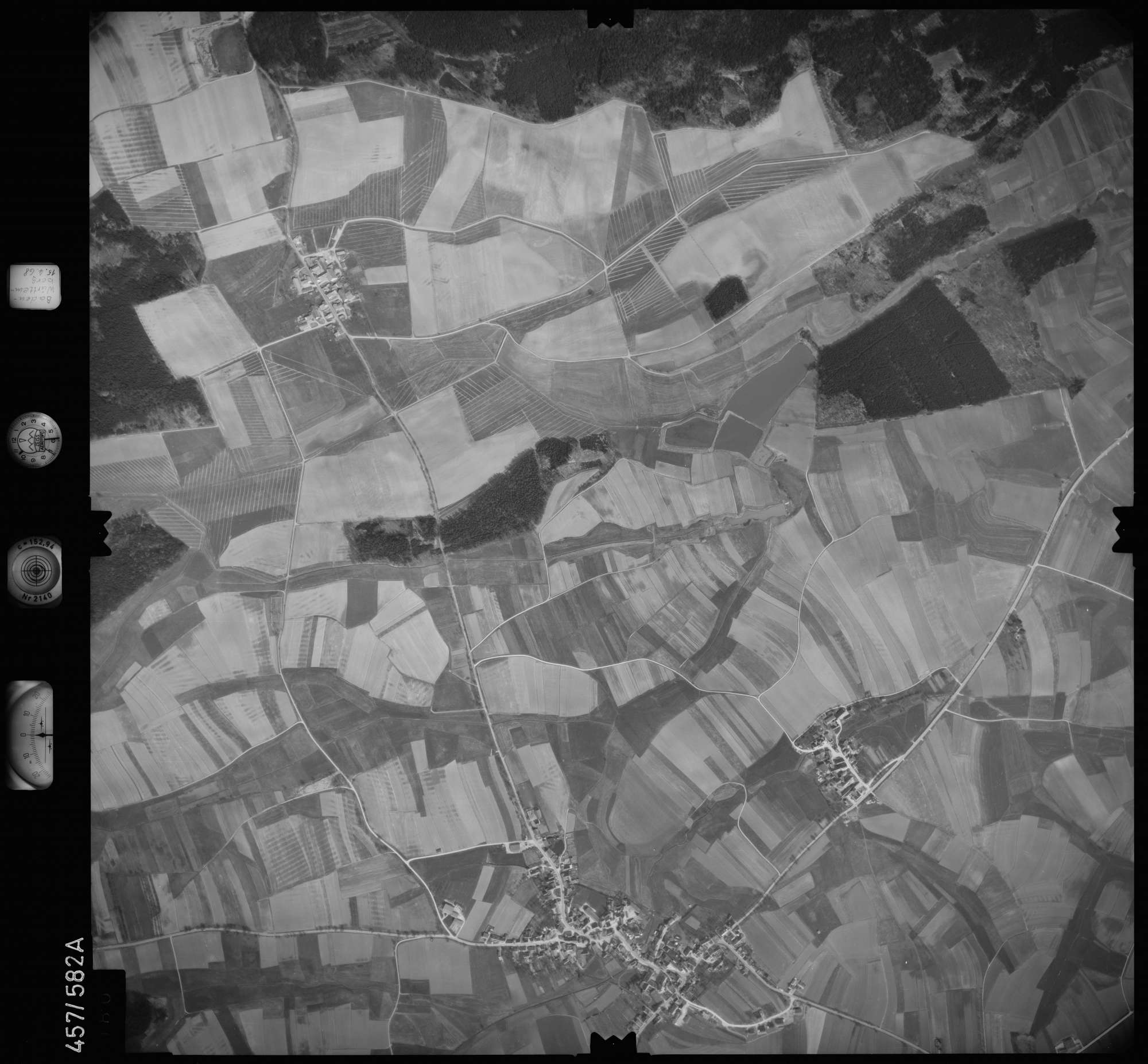 Luftbild: Film 105 Bildnr. 80, Bild 1