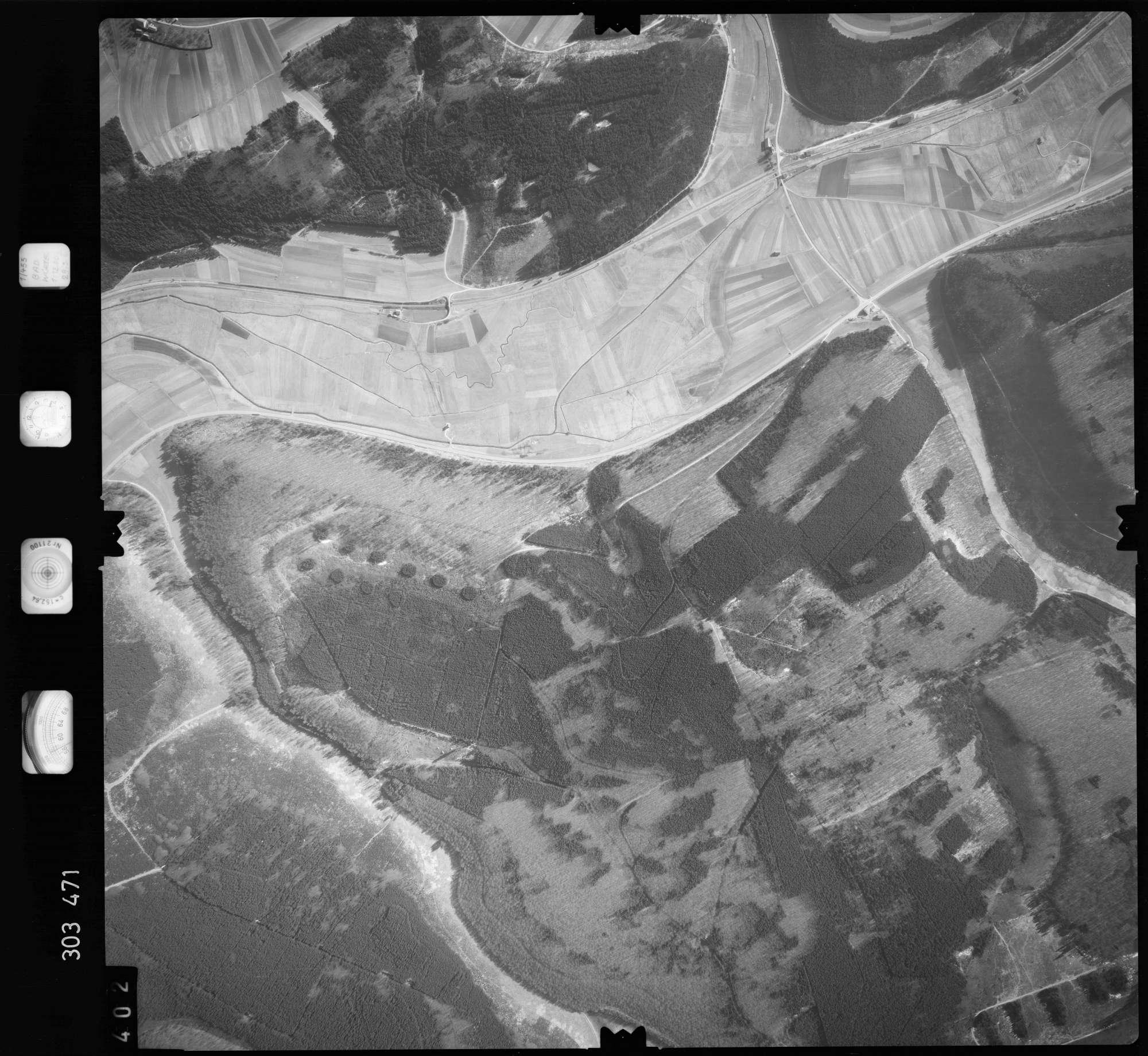 Luftbild: Film 64 Bildnr. 402, Bild 1