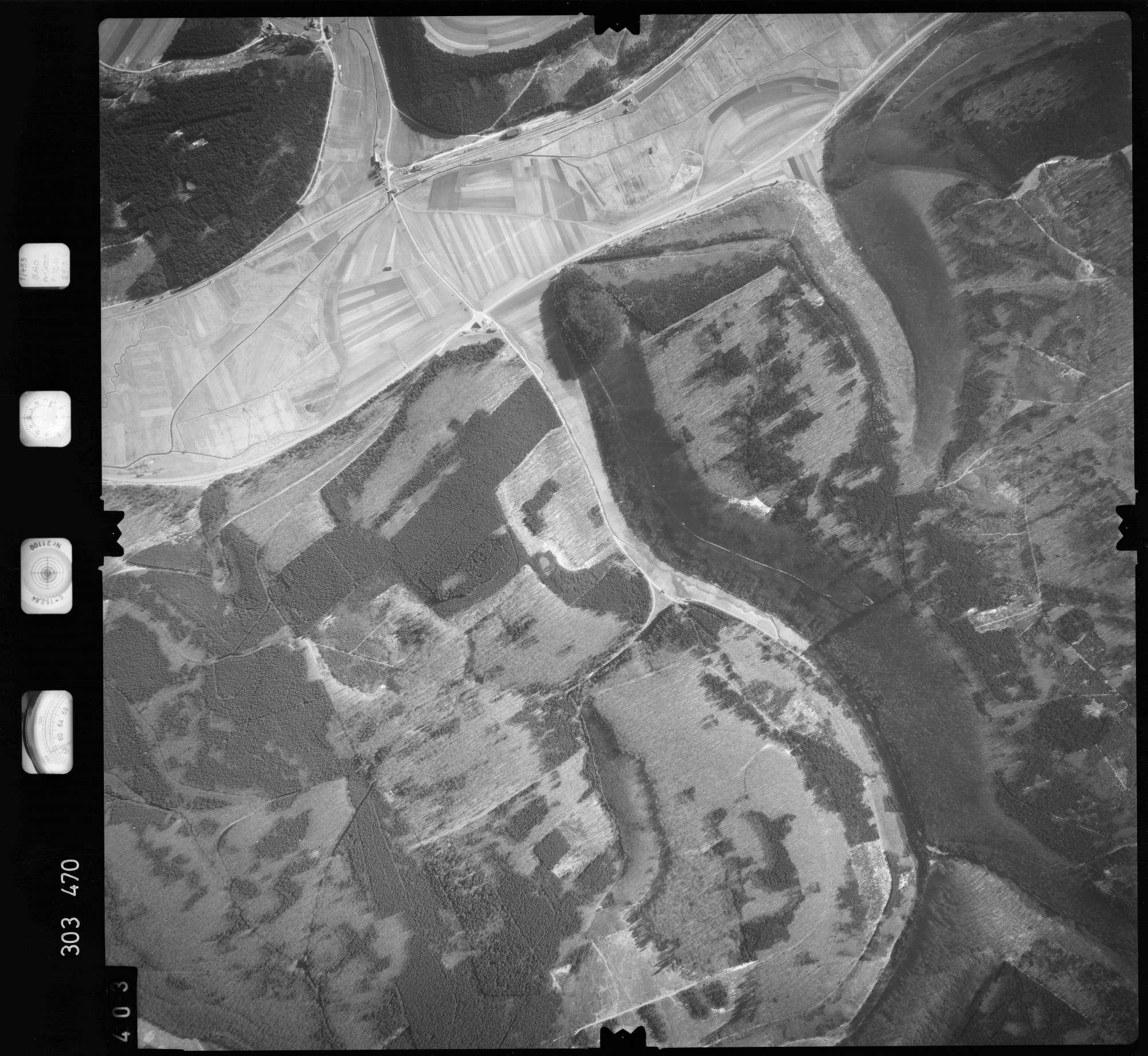 Luftbild: Film 64 Bildnr. 403, Bild 1