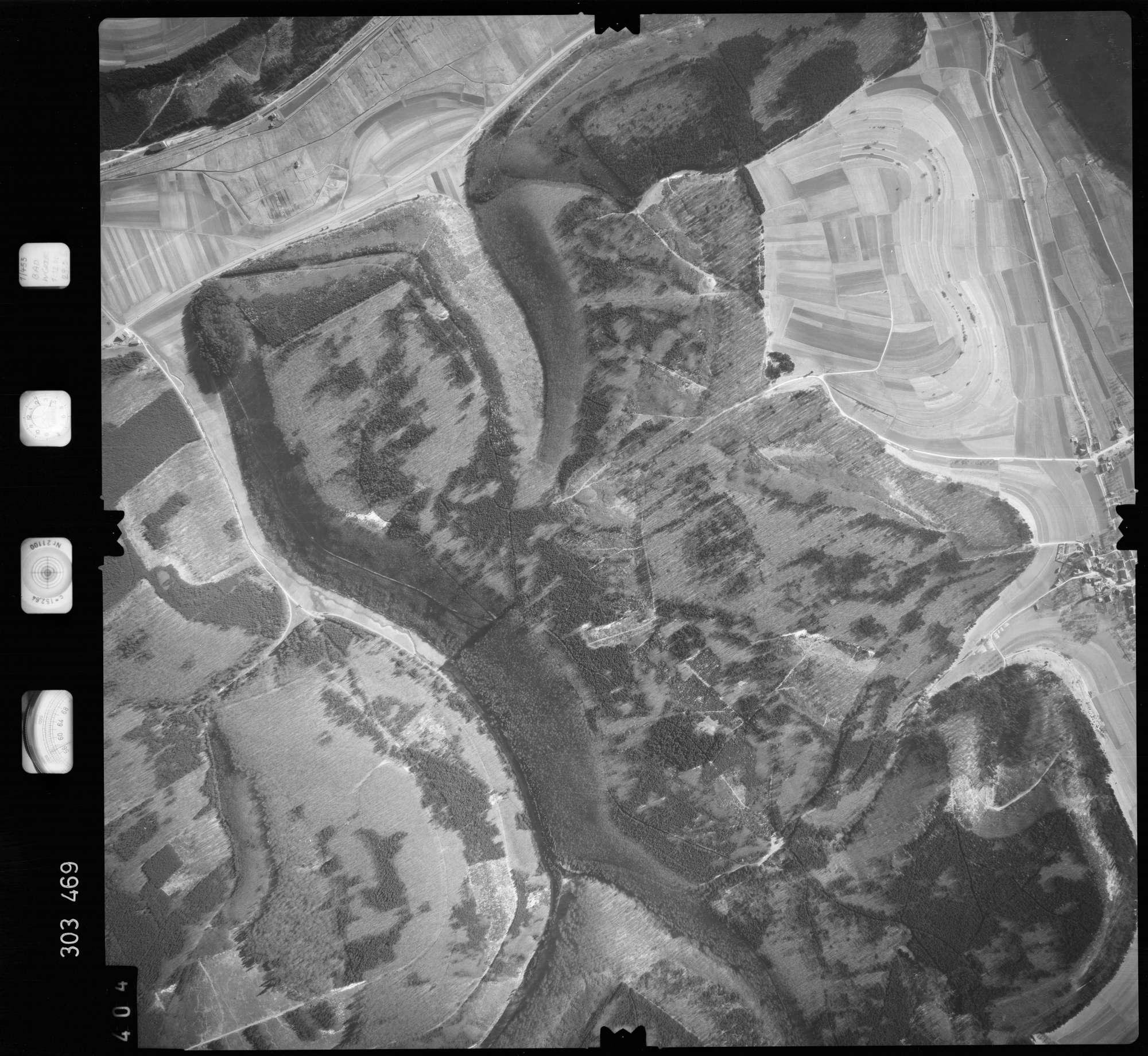 Luftbild: Film 64 Bildnr. 404, Bild 1