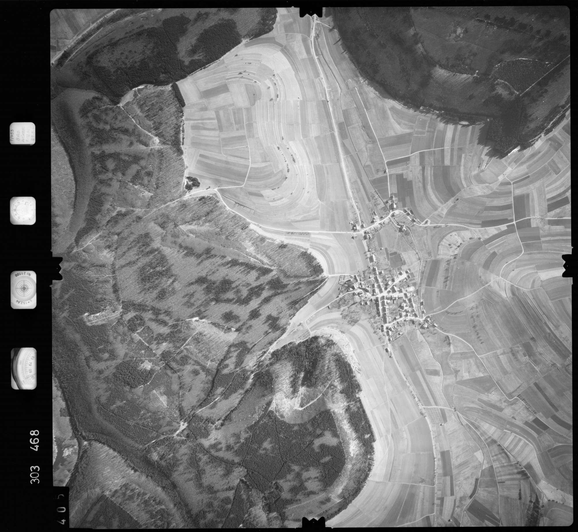 Luftbild: Film 64 Bildnr. 405, Bild 1