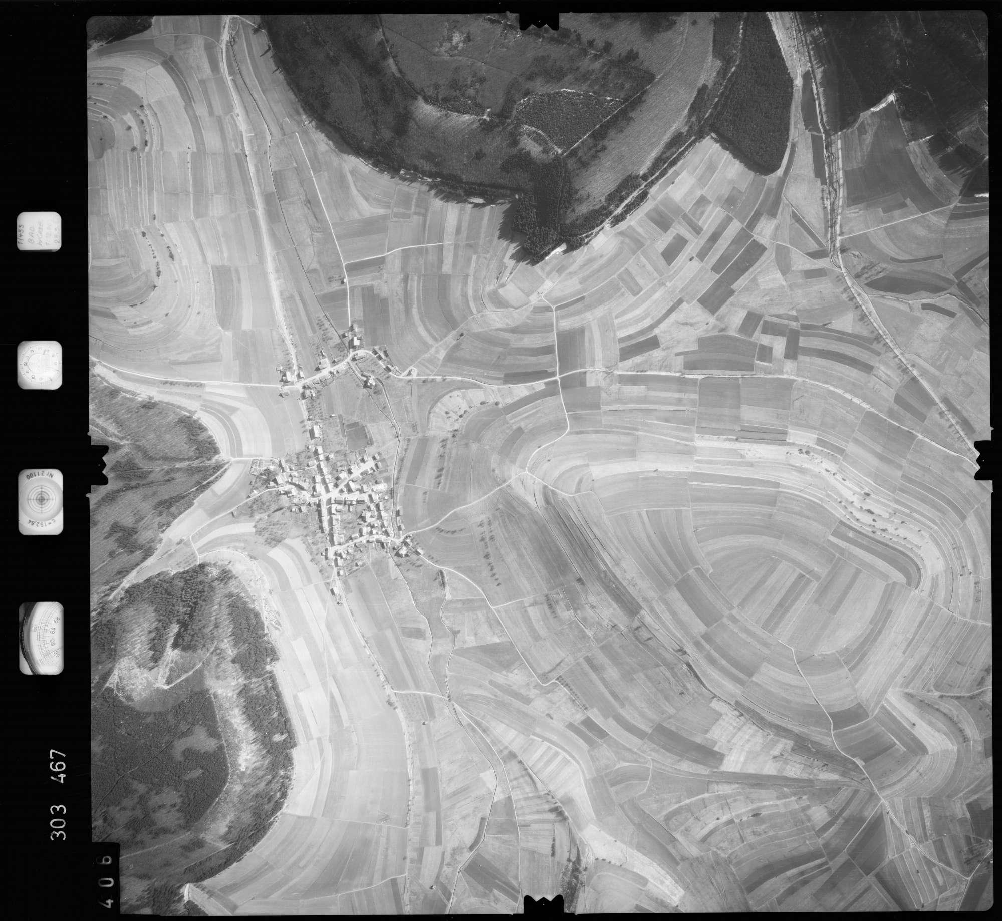 Luftbild: Film 64 Bildnr. 406, Bild 1