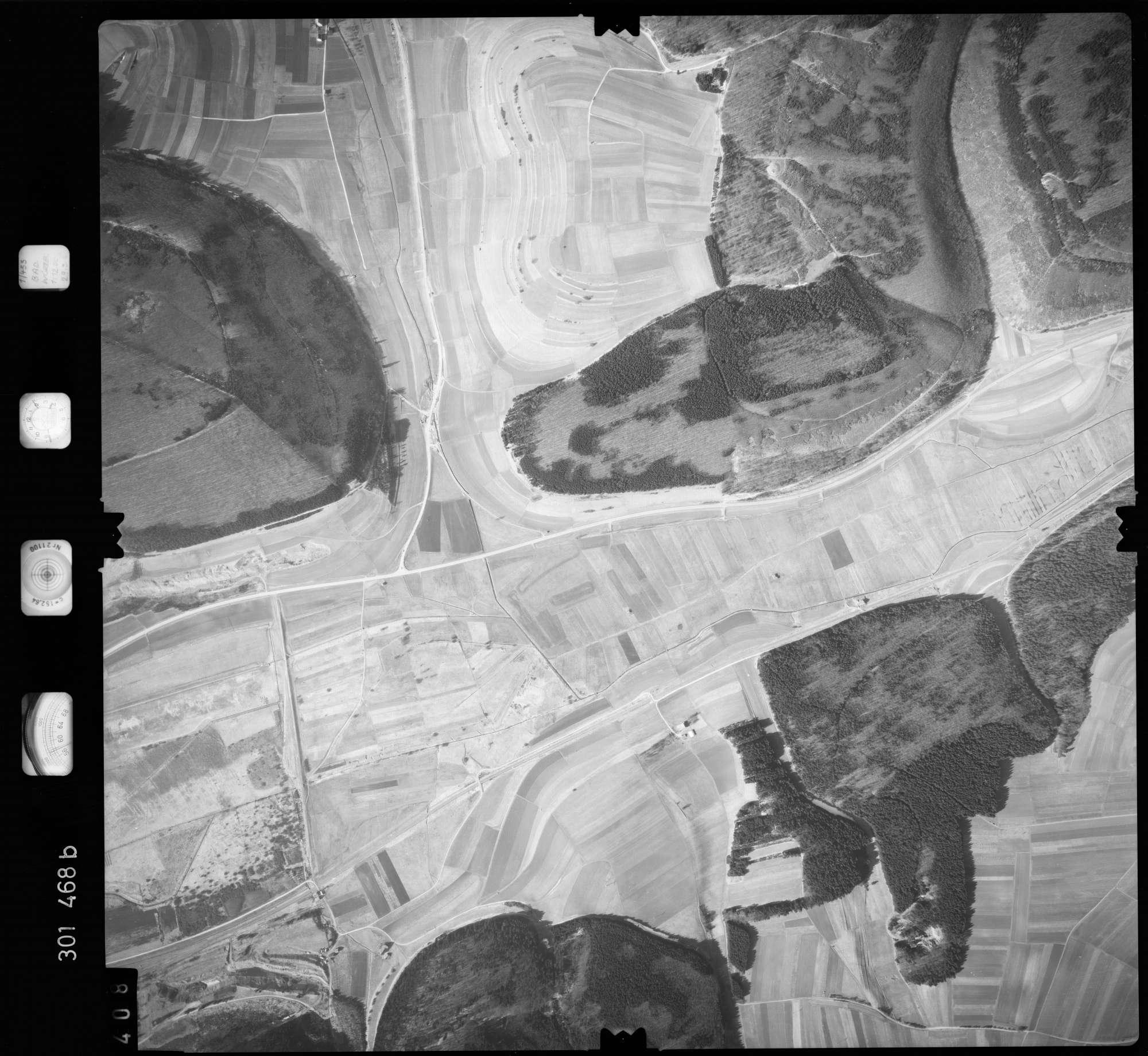 Luftbild: Film 64 Bildnr. 408, Bild 1