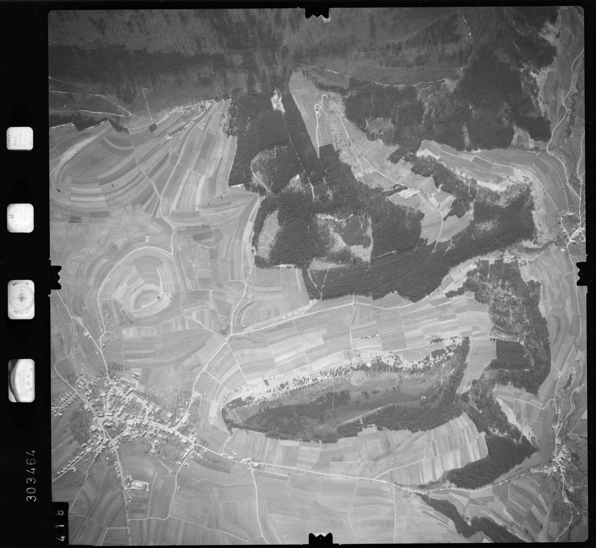 Luftbild: Film 69 Bildnr. 418, Bild 1