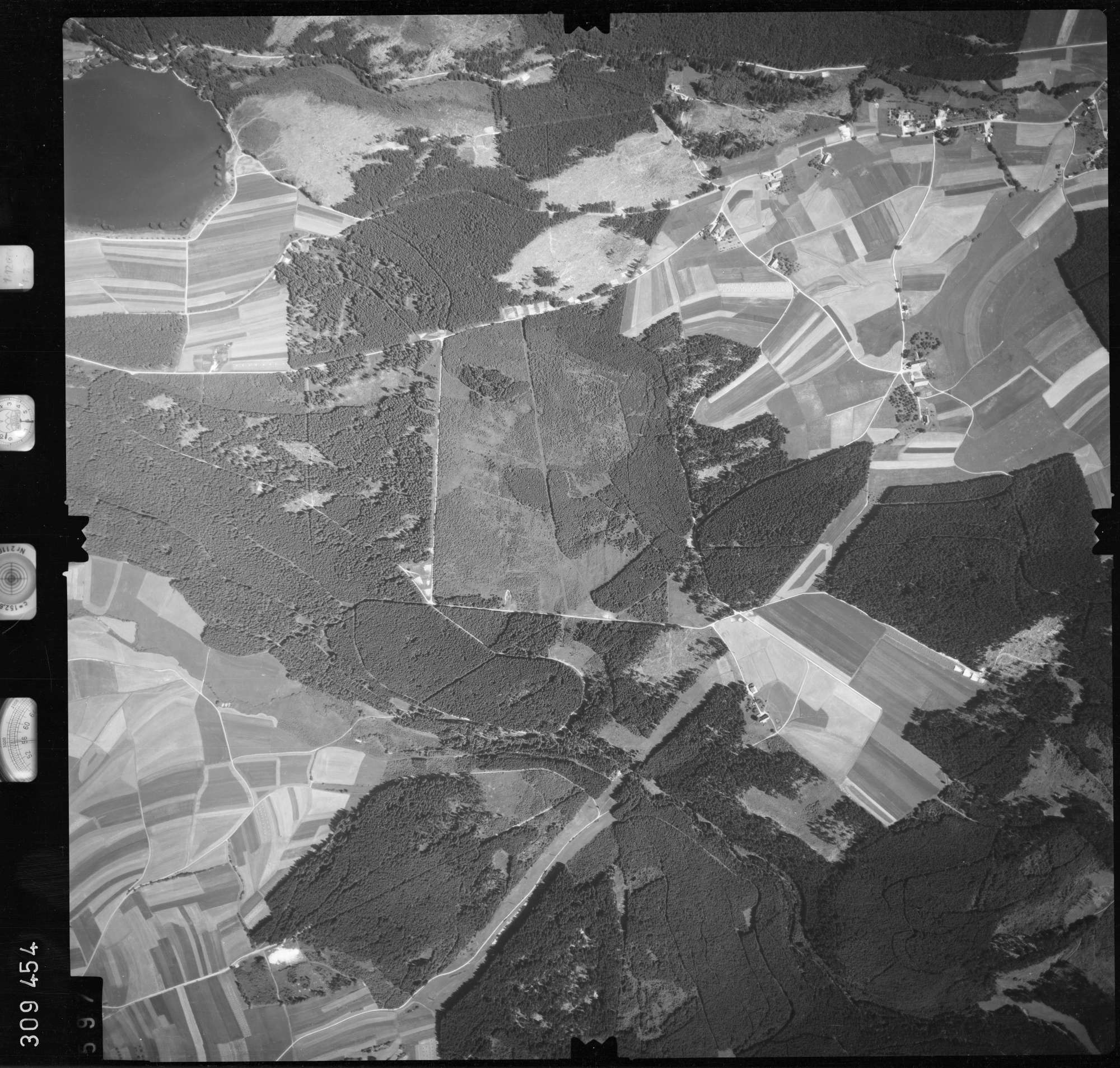Luftbild: Film 56 Bildnr. 597, Bild 1