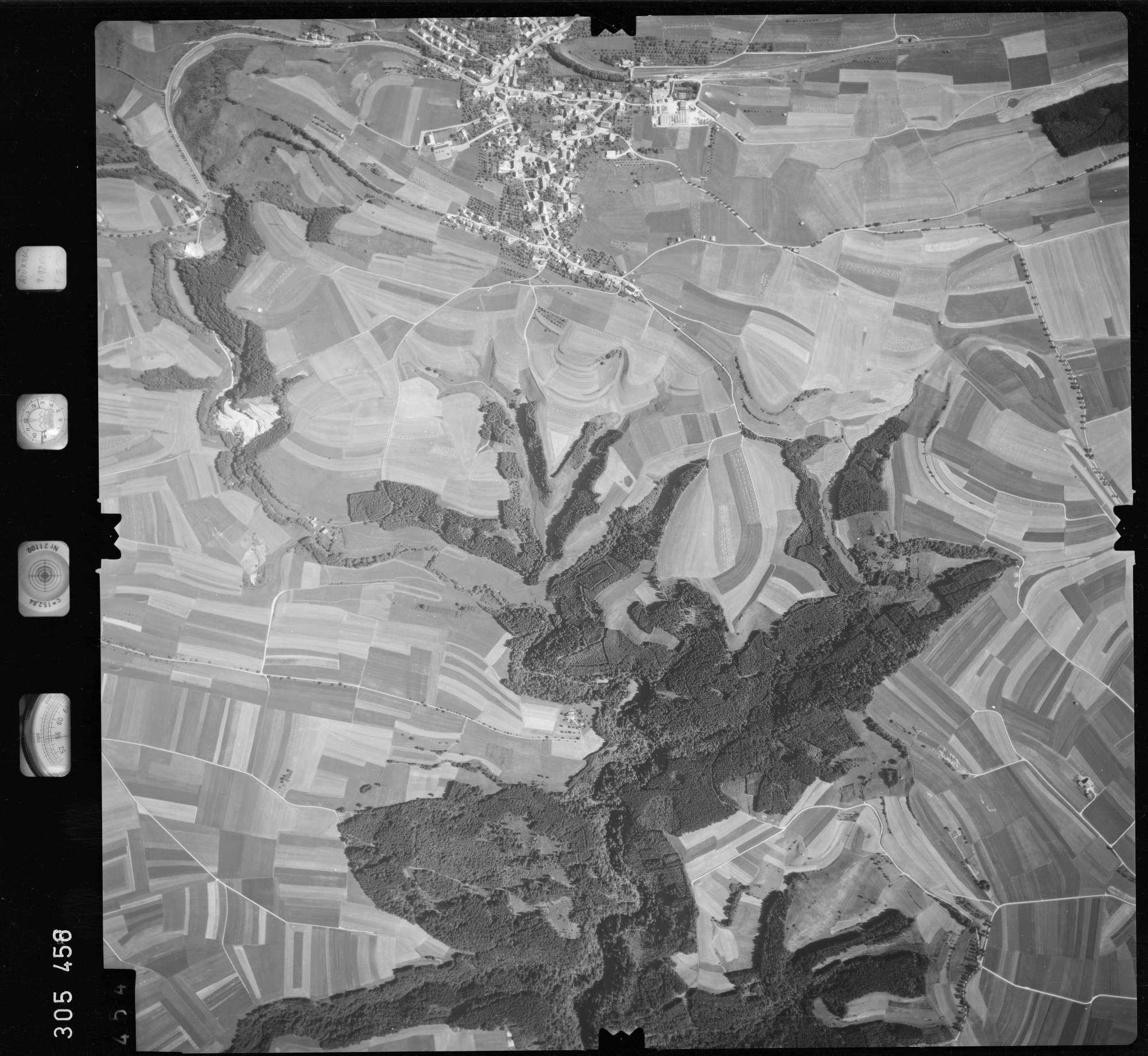 Luftbild: Film 60 Bildnr. 454, Bild 1