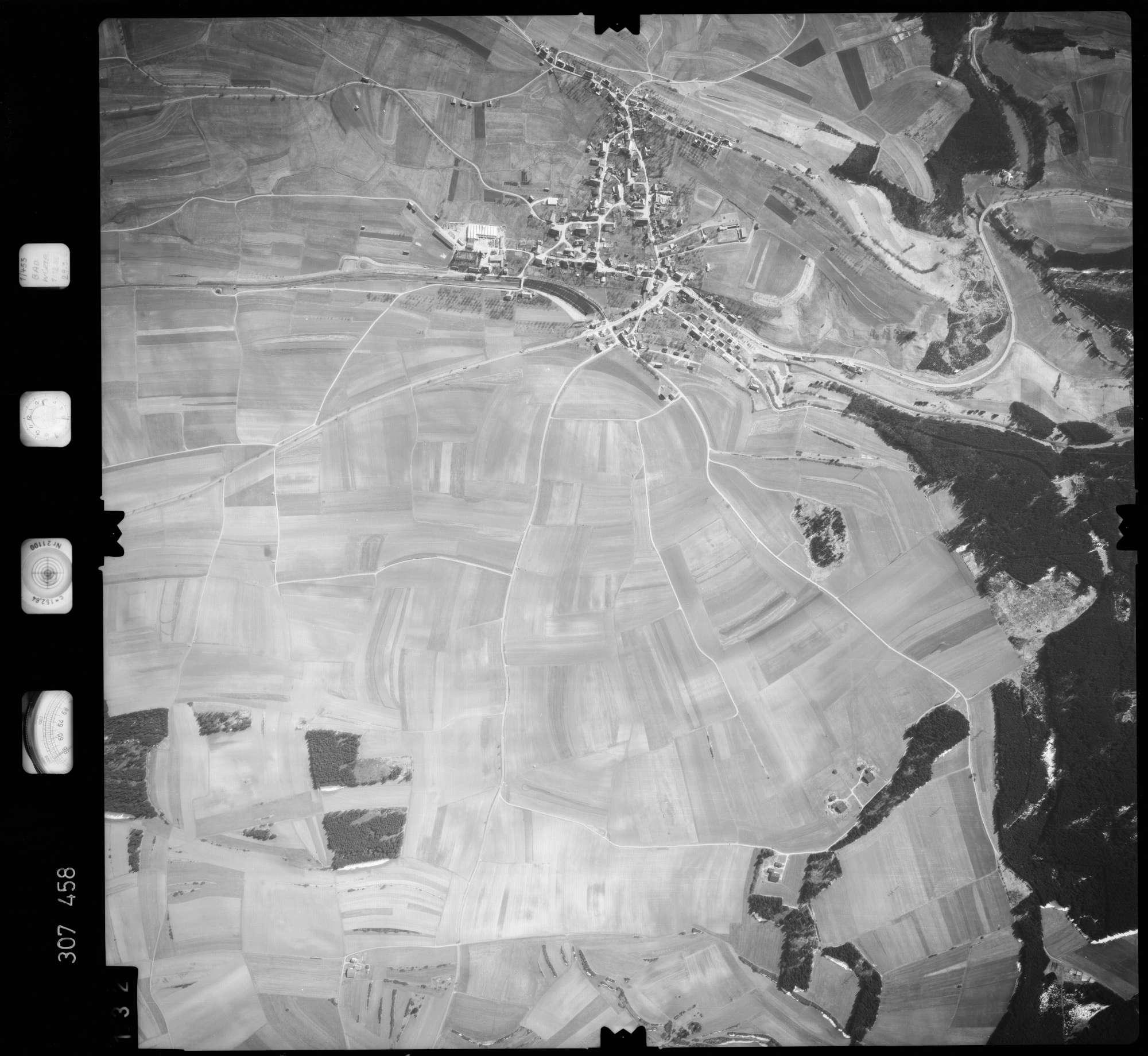 Luftbild: Film 61 Bildnr. 132, Bild 1