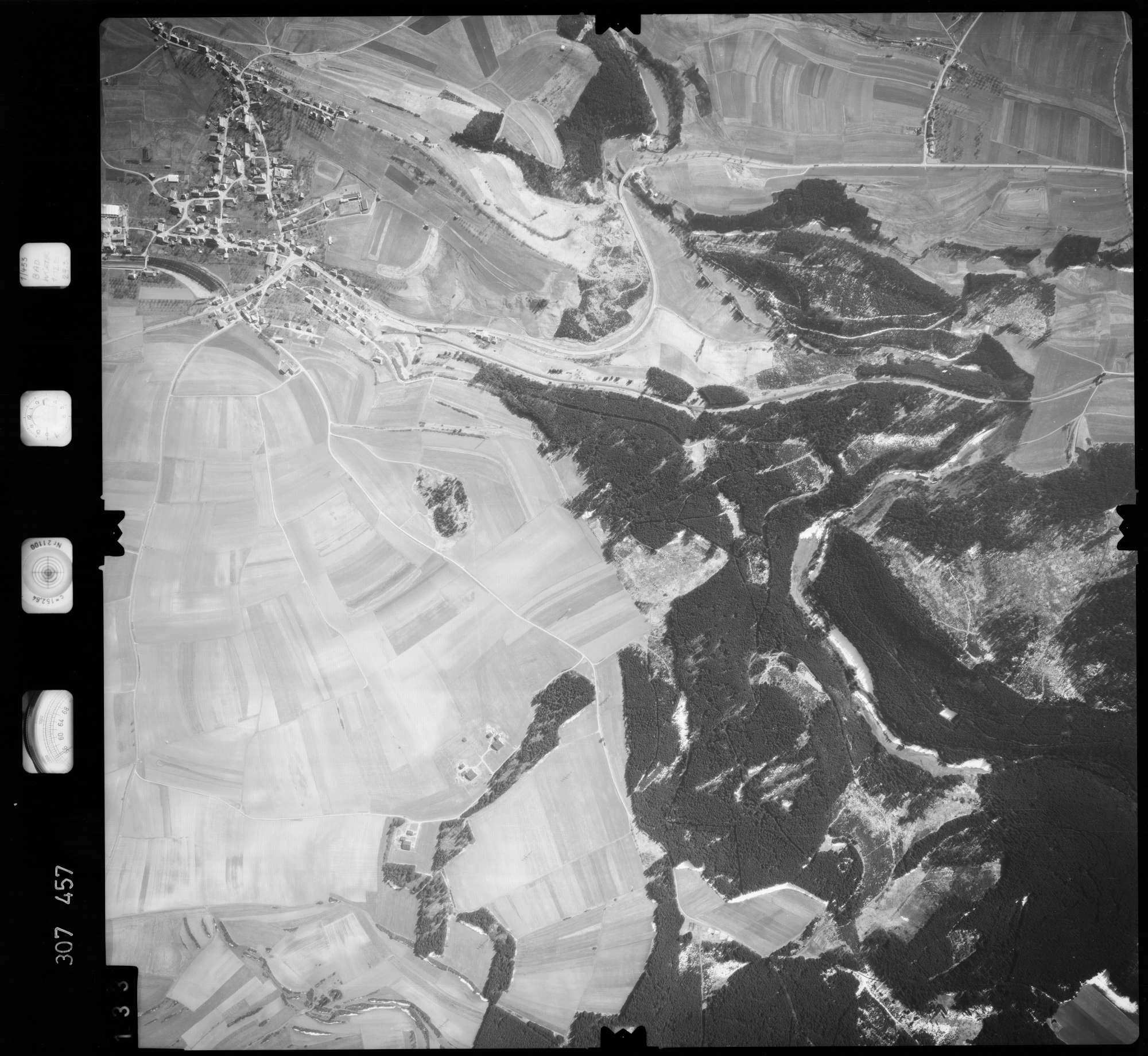 Luftbild: Film 61 Bildnr. 133, Bild 1