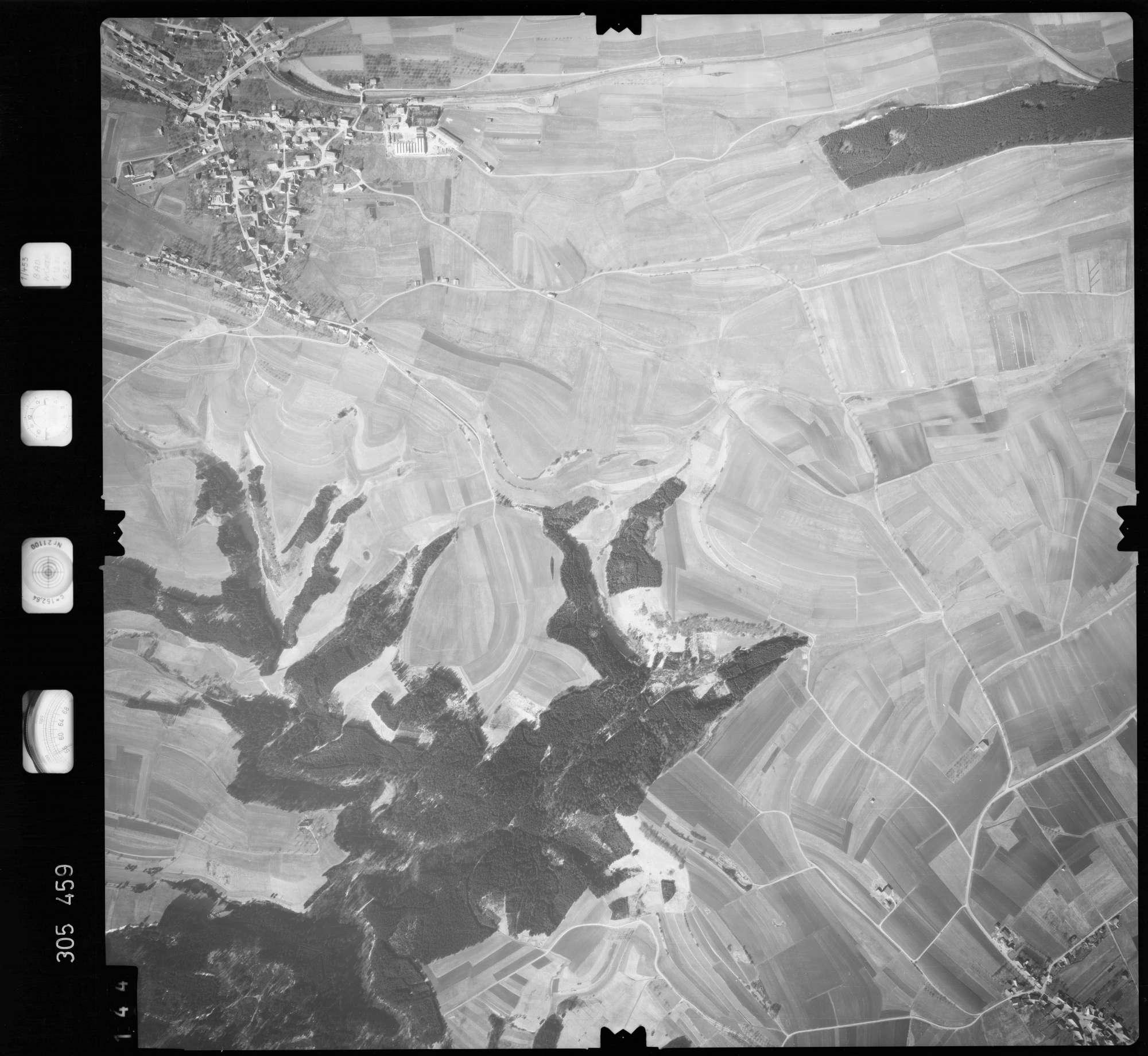 Luftbild: Film 61 Bildnr. 144, Bild 1