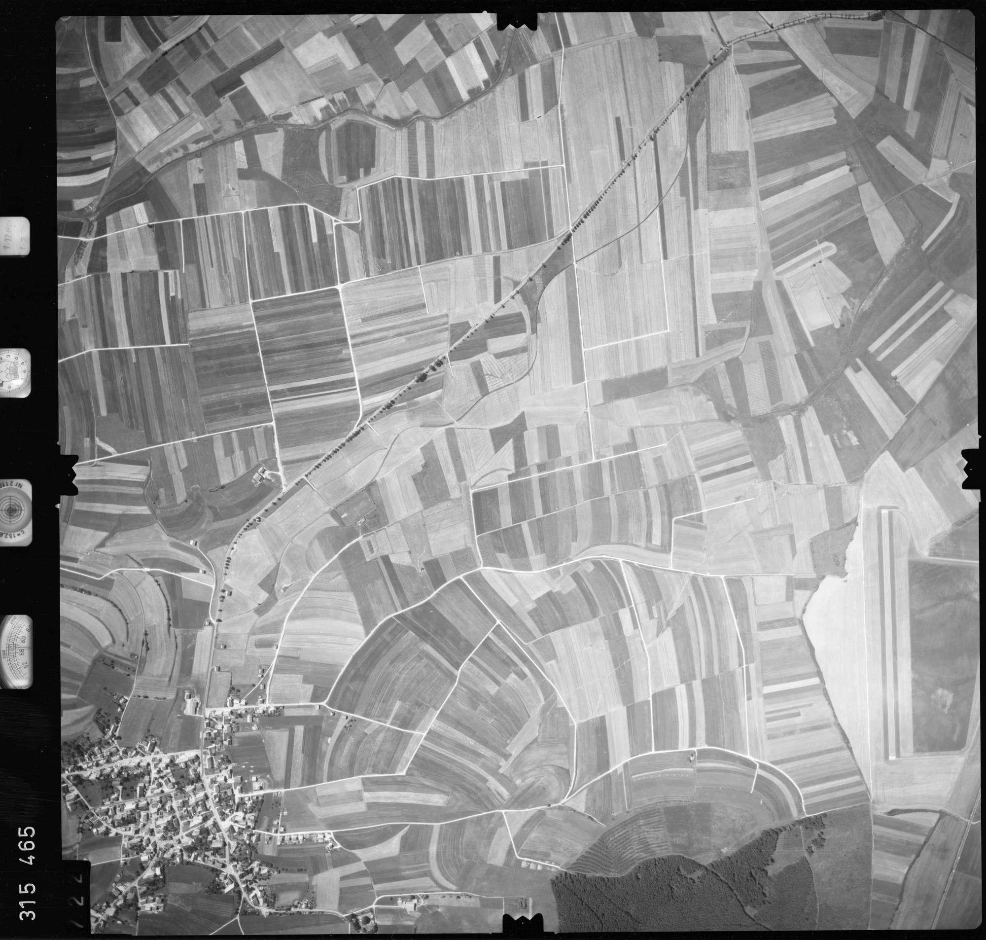 Luftbild: Film 56 Bildnr. 722, Bild 1