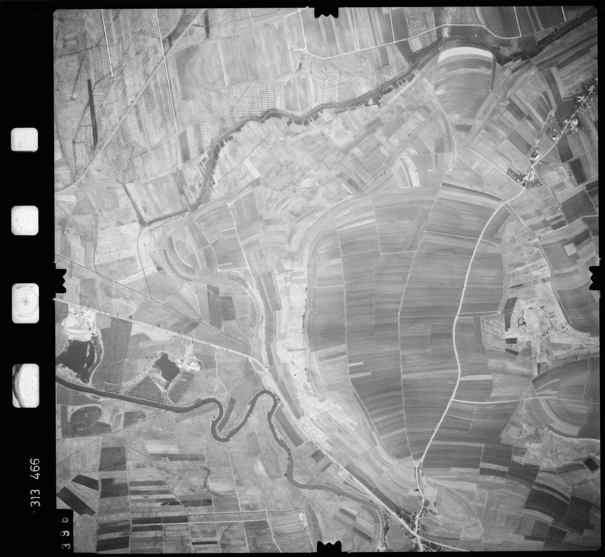 Luftbild: Film 58 Bildnr. 398, Bild 1