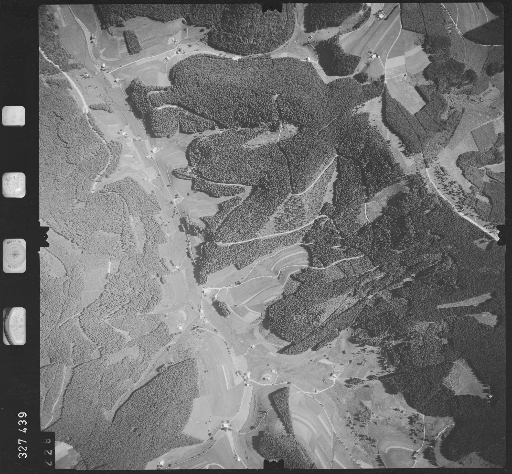 Luftbild: Film 48 Bildnr. 228, Bild 1