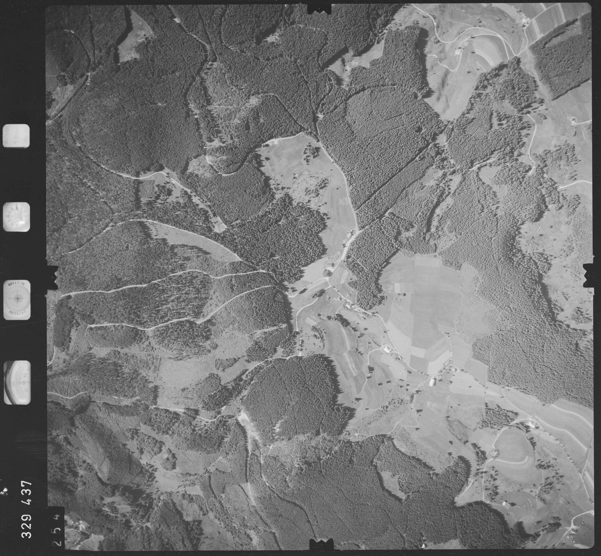 Luftbild: Film 48 Bildnr. 254, Bild 1