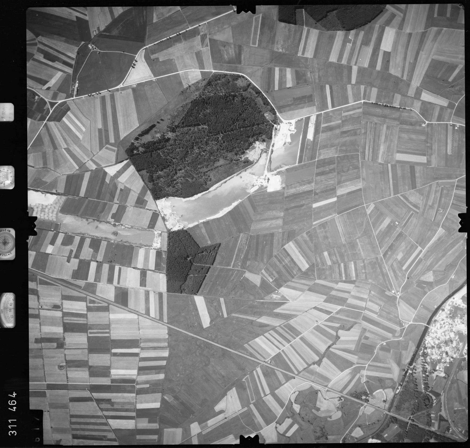 Luftbild: Film 56 Bildnr. 617, Bild 1
