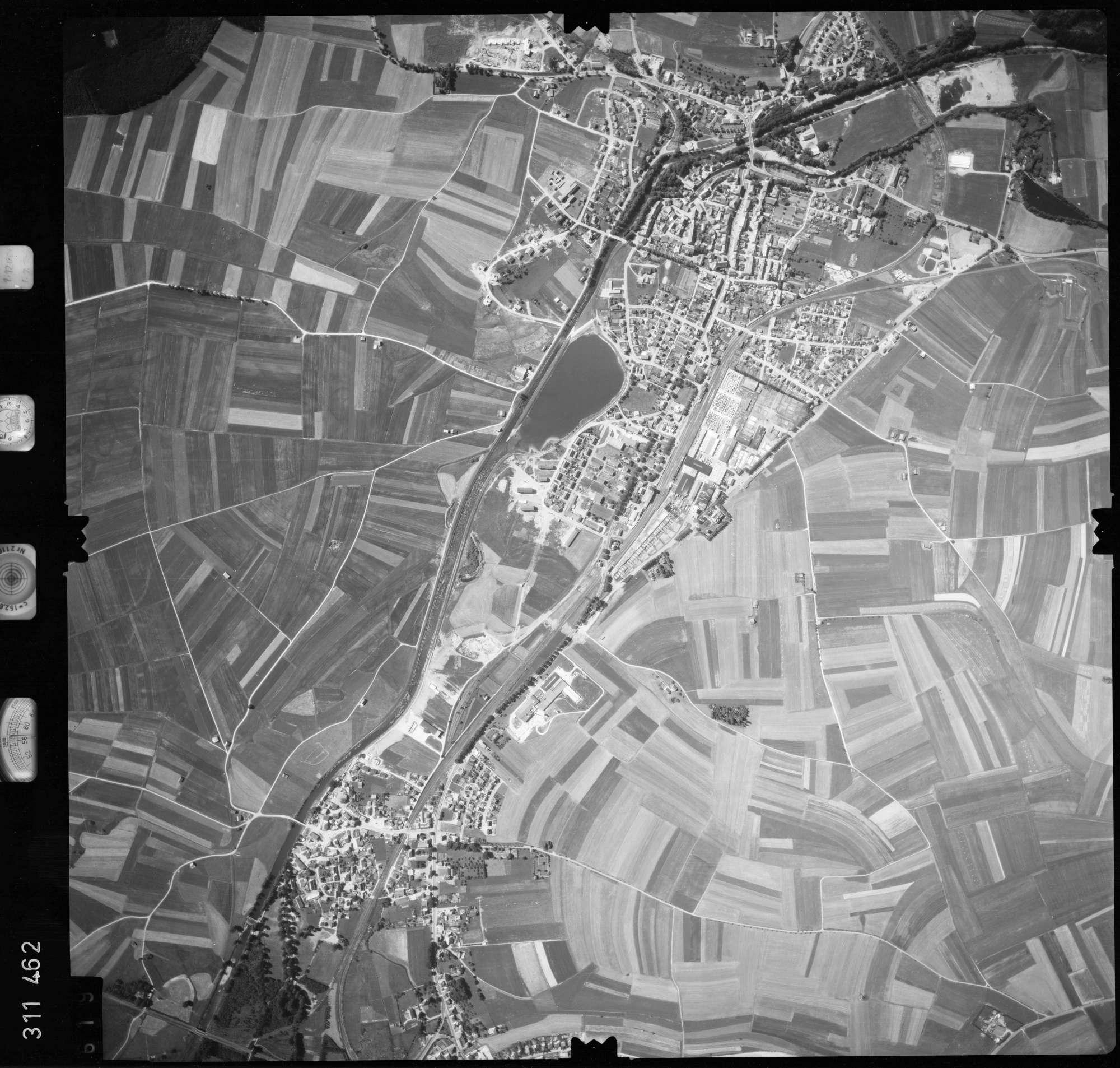 Luftbild: Film 56 Bildnr. 619, Bild 1