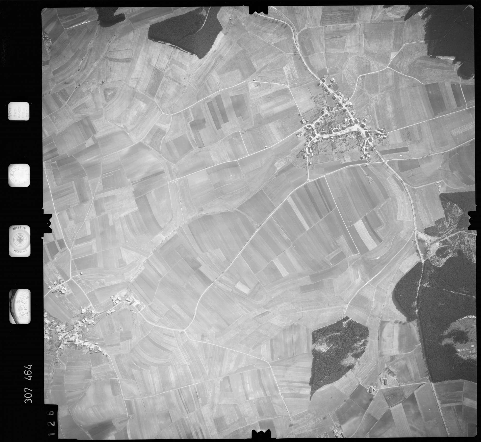 Luftbild: Film 61 Bildnr. 126, Bild 1