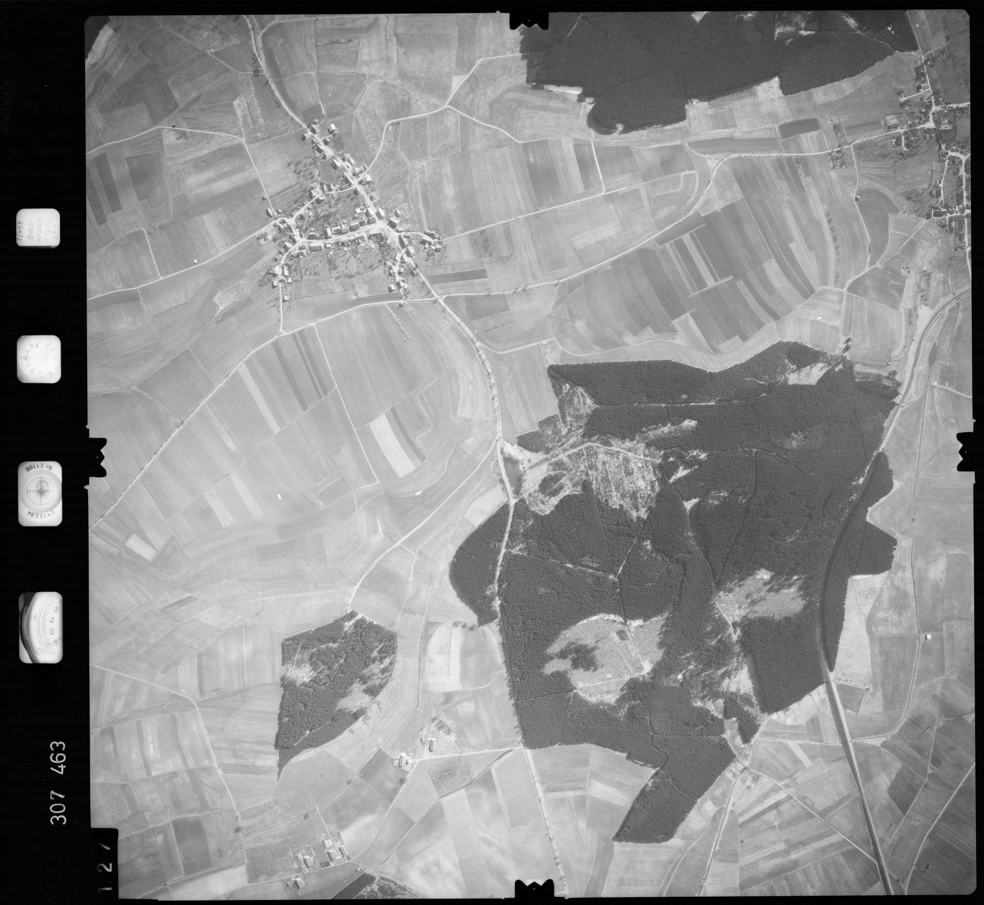 Luftbild: Film 61 Bildnr. 127, Bild 1