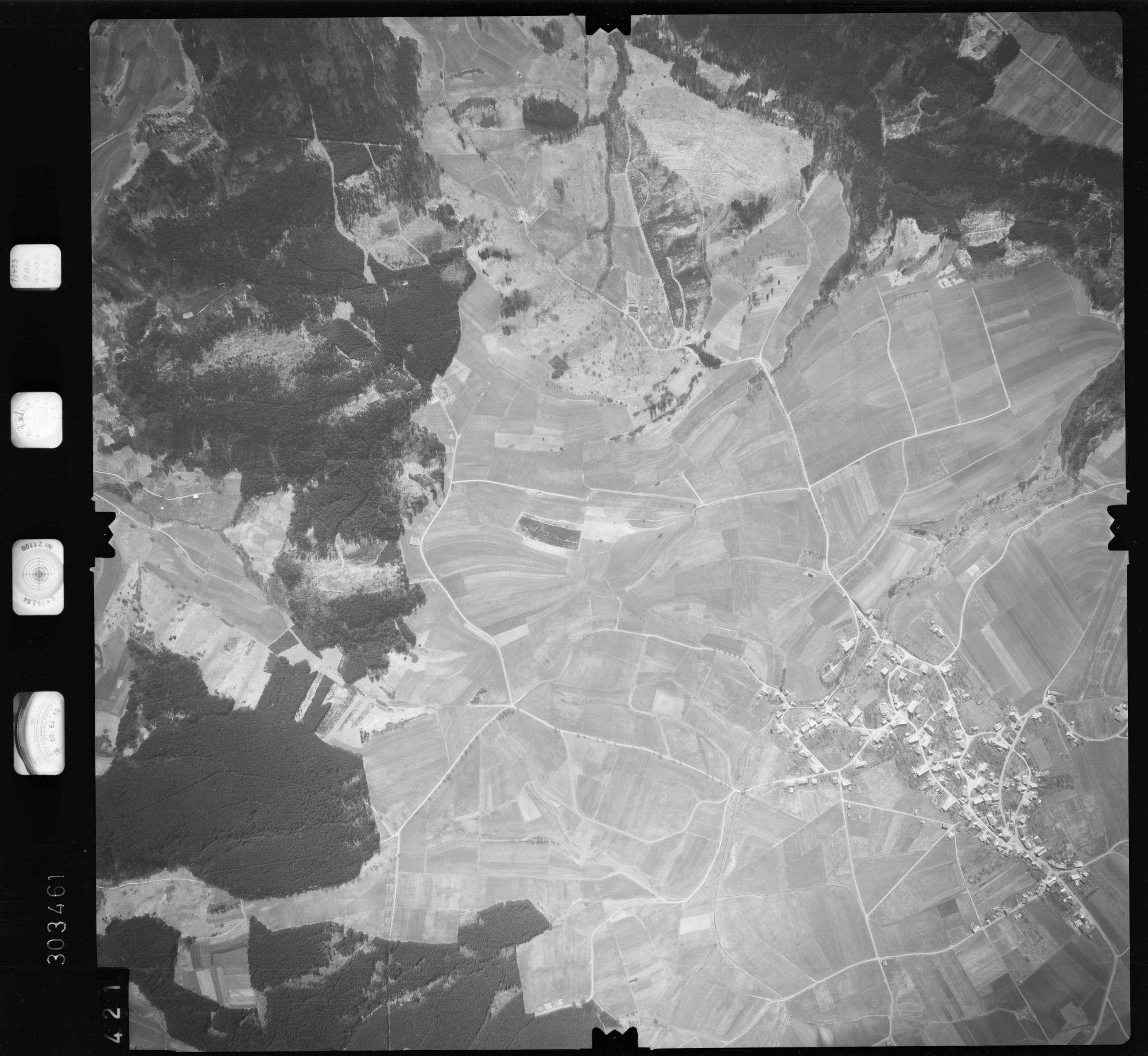 Luftbild: Film 69 Bildnr. 421, Bild 1