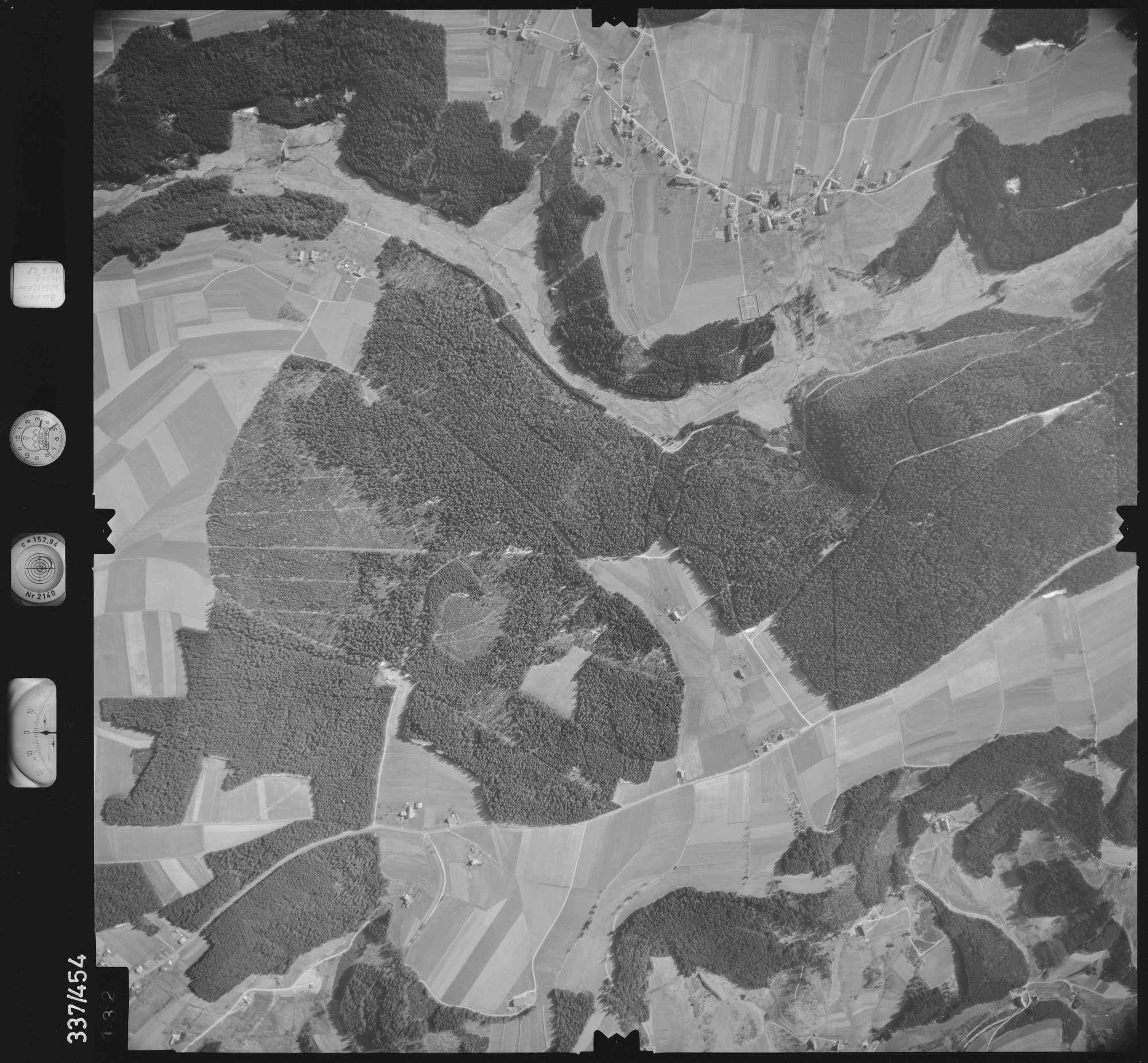 Luftbild: Film 49 Bildnr. 132, Bild 1