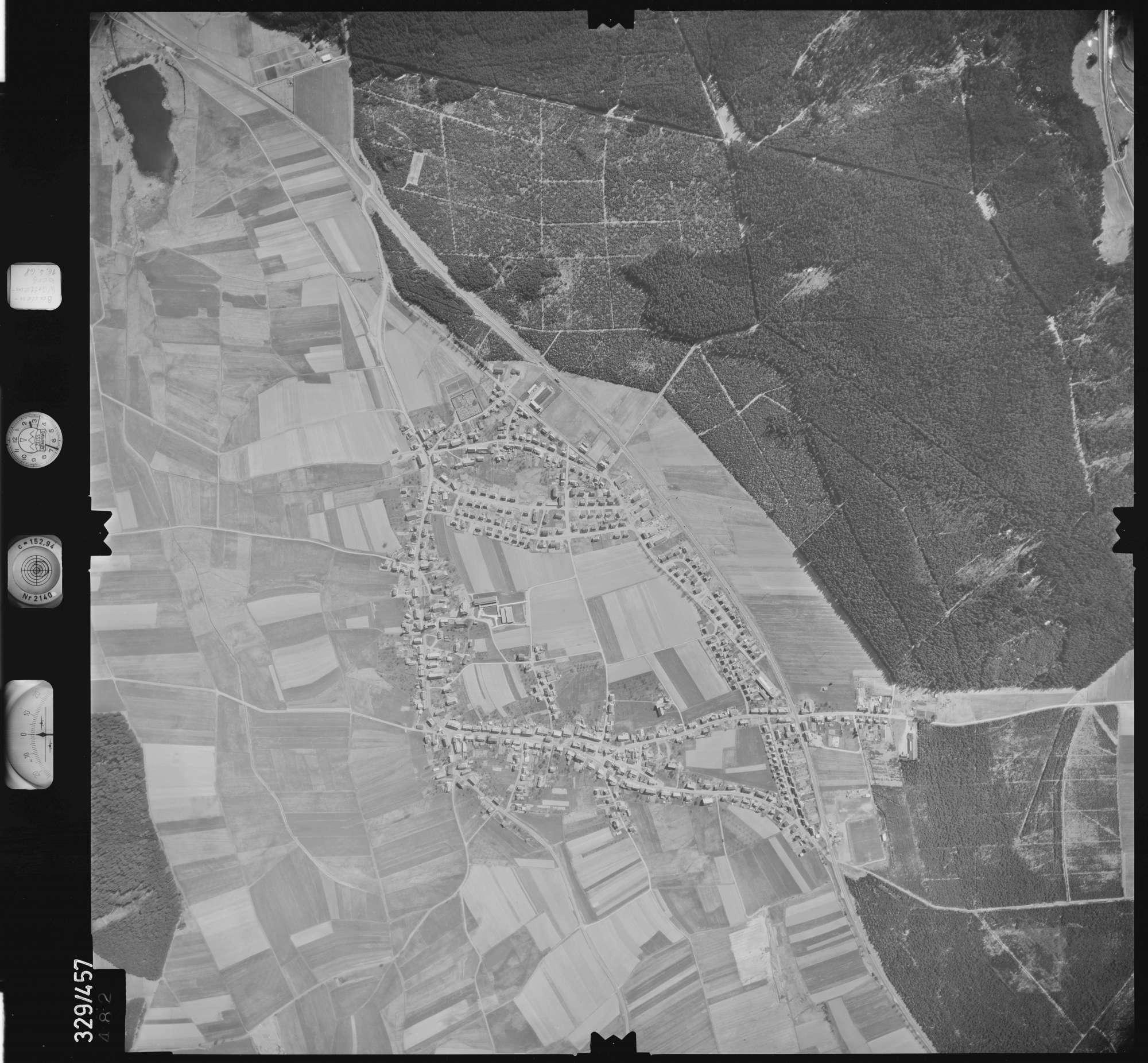 Luftbild: Film 89 Bildnr. 482, Bild 1
