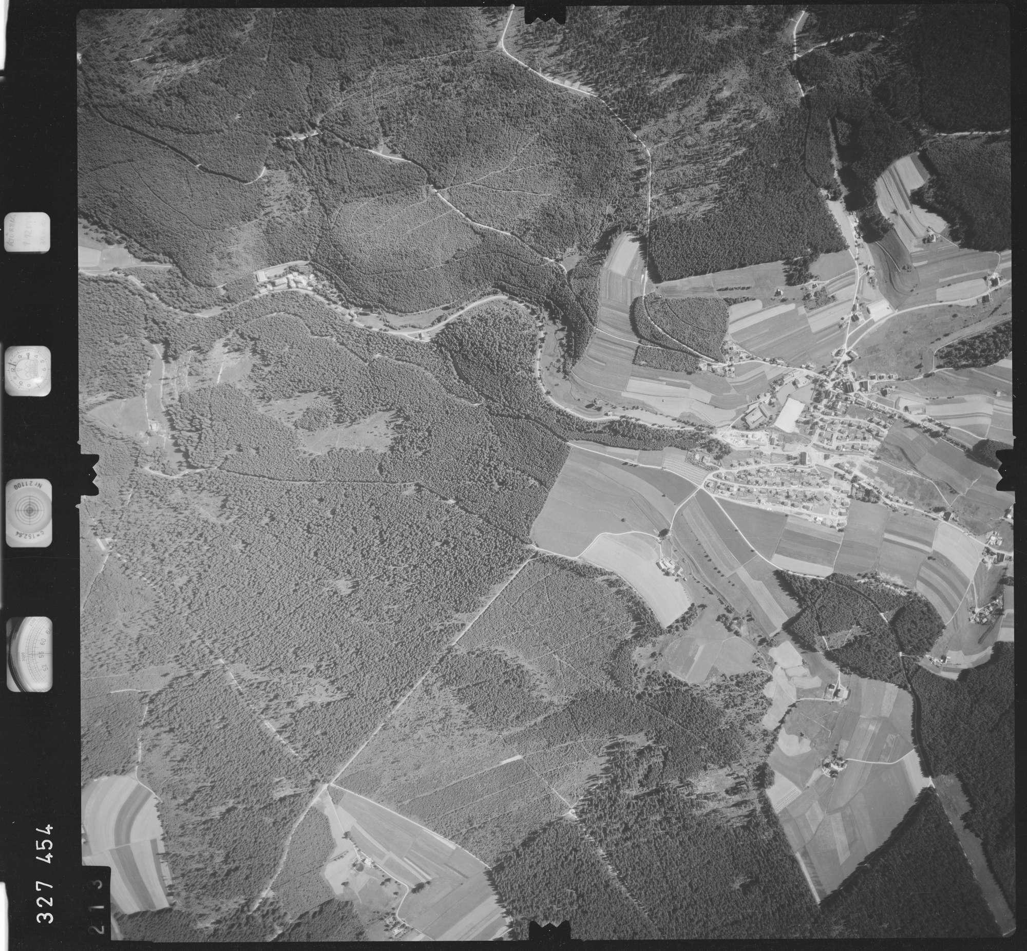 Luftbild: Film 48 Bildnr. 213, Bild 1